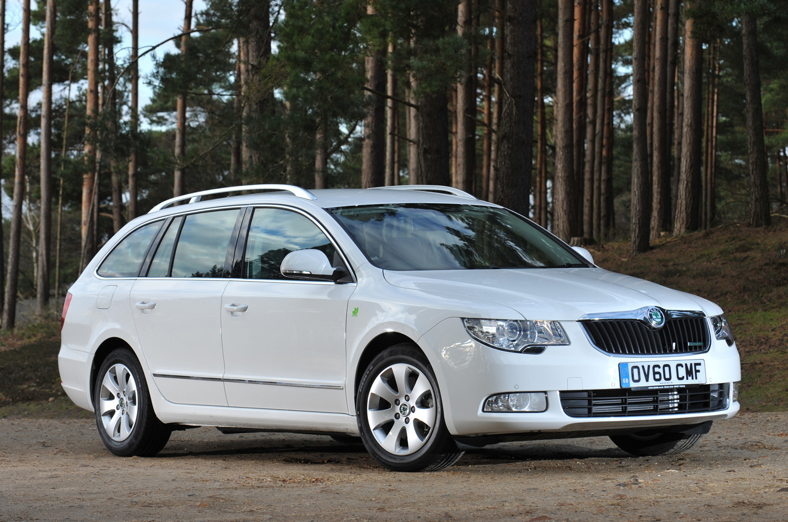 skoda superb estate greenline autocar. Black Bedroom Furniture Sets. Home Design Ideas