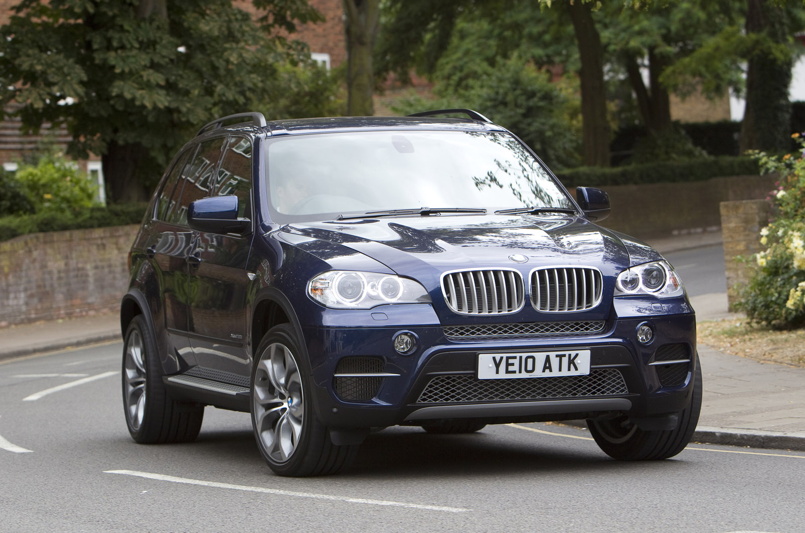 Coupe Series bmw x5 5.0 BMW X5 xDrive50i SE review | Autocar