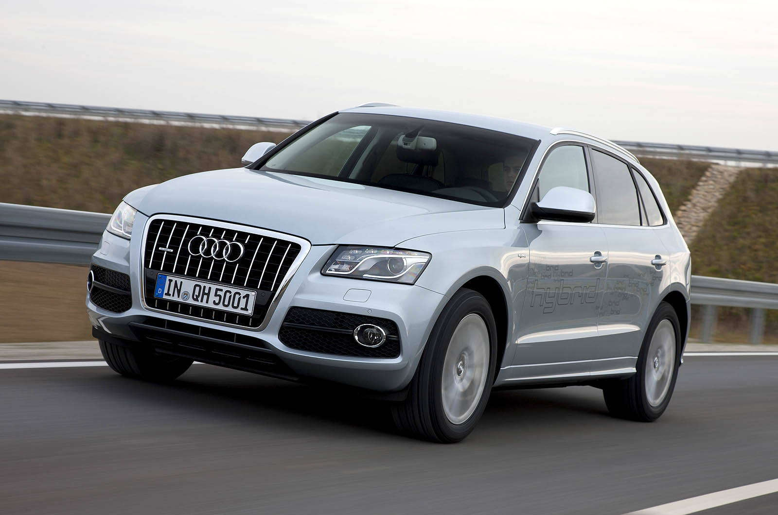 audi q5 hybrid autocar. Black Bedroom Furniture Sets. Home Design Ideas