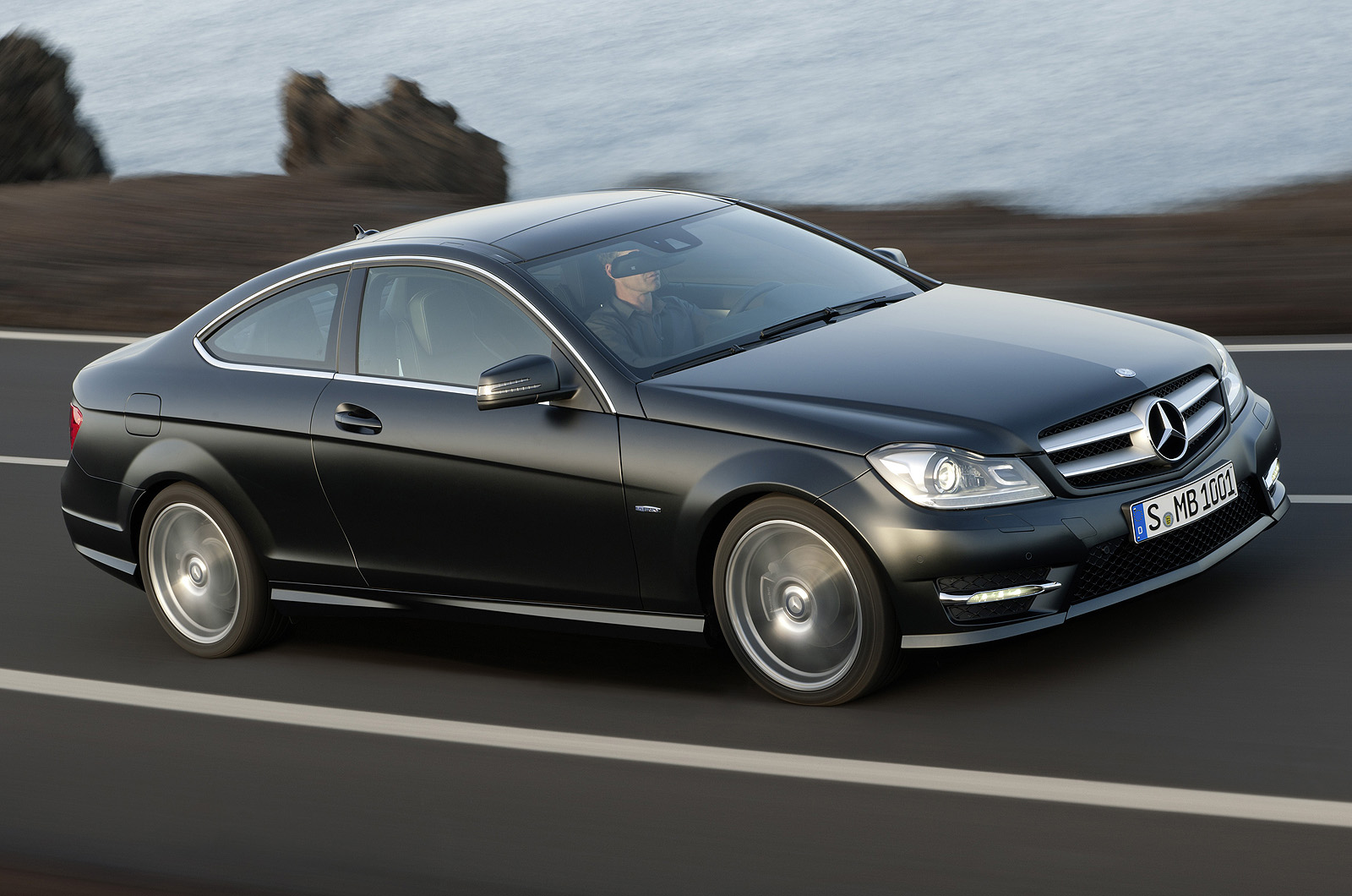 mercedes c250 cdi coupe autocar. Black Bedroom Furniture Sets. Home Design Ideas