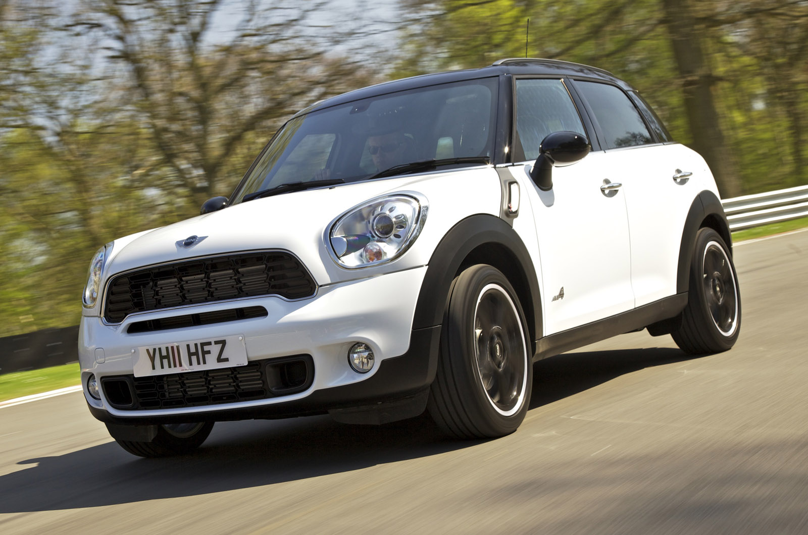 mini countryman sd all4 autocar. Black Bedroom Furniture Sets. Home Design Ideas