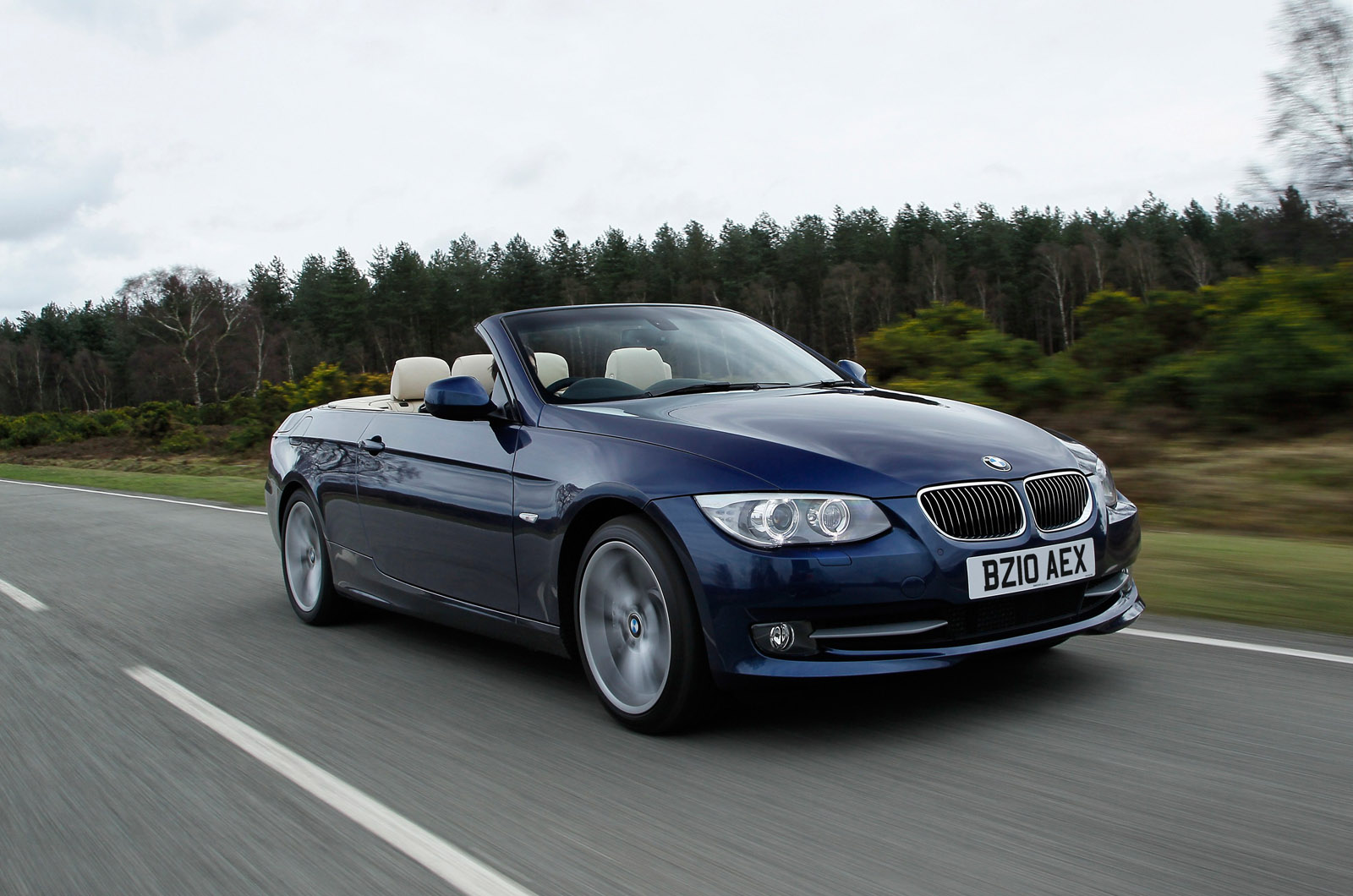 BMW I DCT Convertible First UK Drive - 2013 bmw 335i convertible