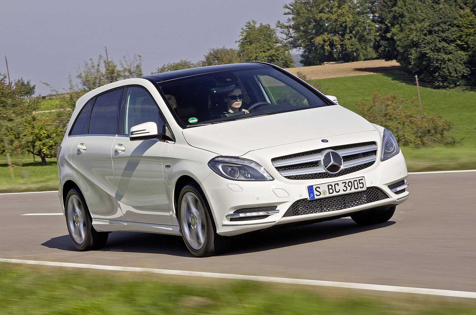 Mercedes benz b200 cdi autocar for Mercedes benz in colorado