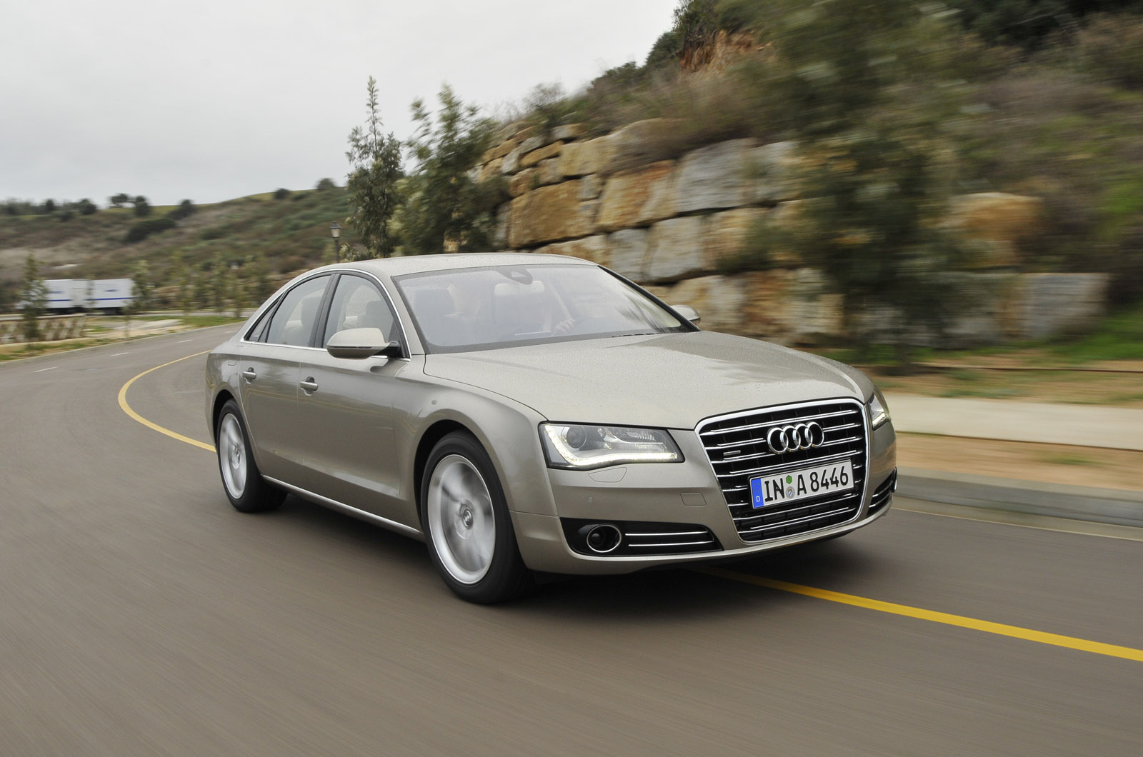 audi a8 4 2 tdi quattro review autocar. Black Bedroom Furniture Sets. Home Design Ideas