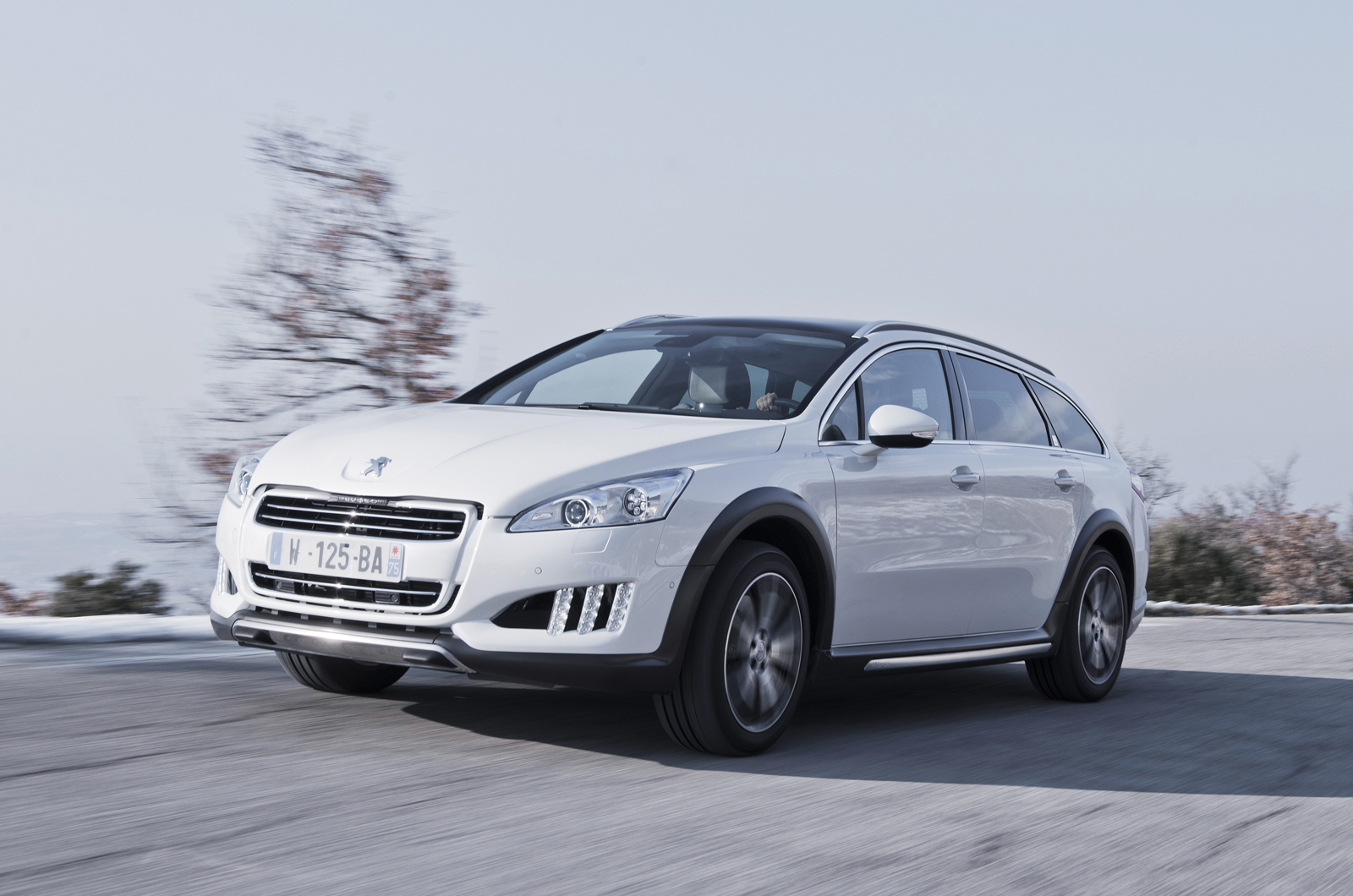 peugeot 508 rxh estate first drive. Black Bedroom Furniture Sets. Home Design Ideas