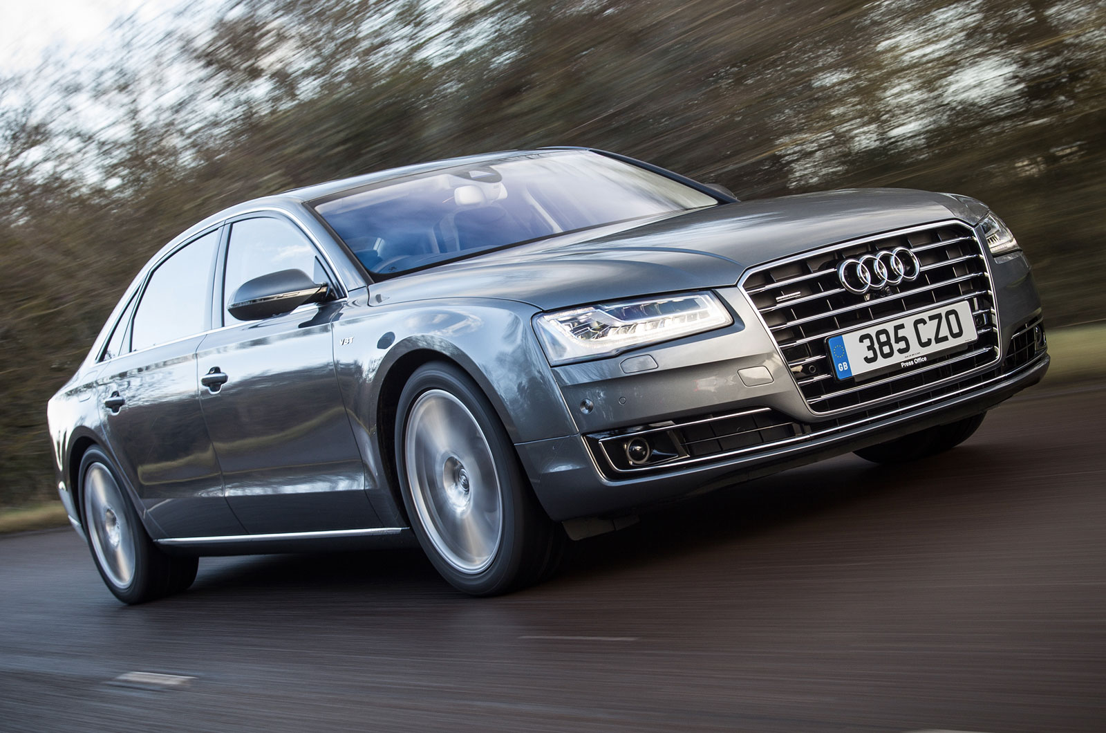 audi a8 l 4 2 tdi uk first drive review autocar. Black Bedroom Furniture Sets. Home Design Ideas