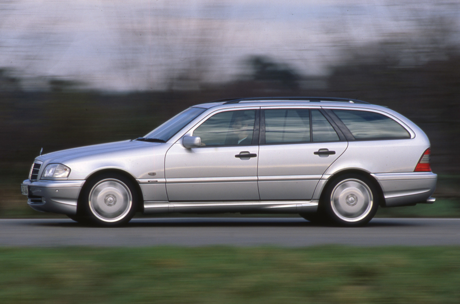The history of mercedes benz amg picture special for Mercedes benz car history