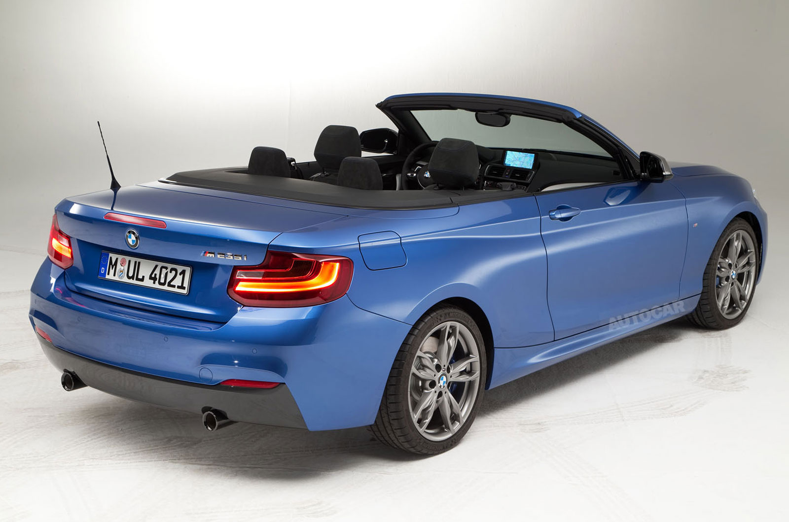 bmw 2 series convertible breaks cover at paris motor show. Black Bedroom Furniture Sets. Home Design Ideas