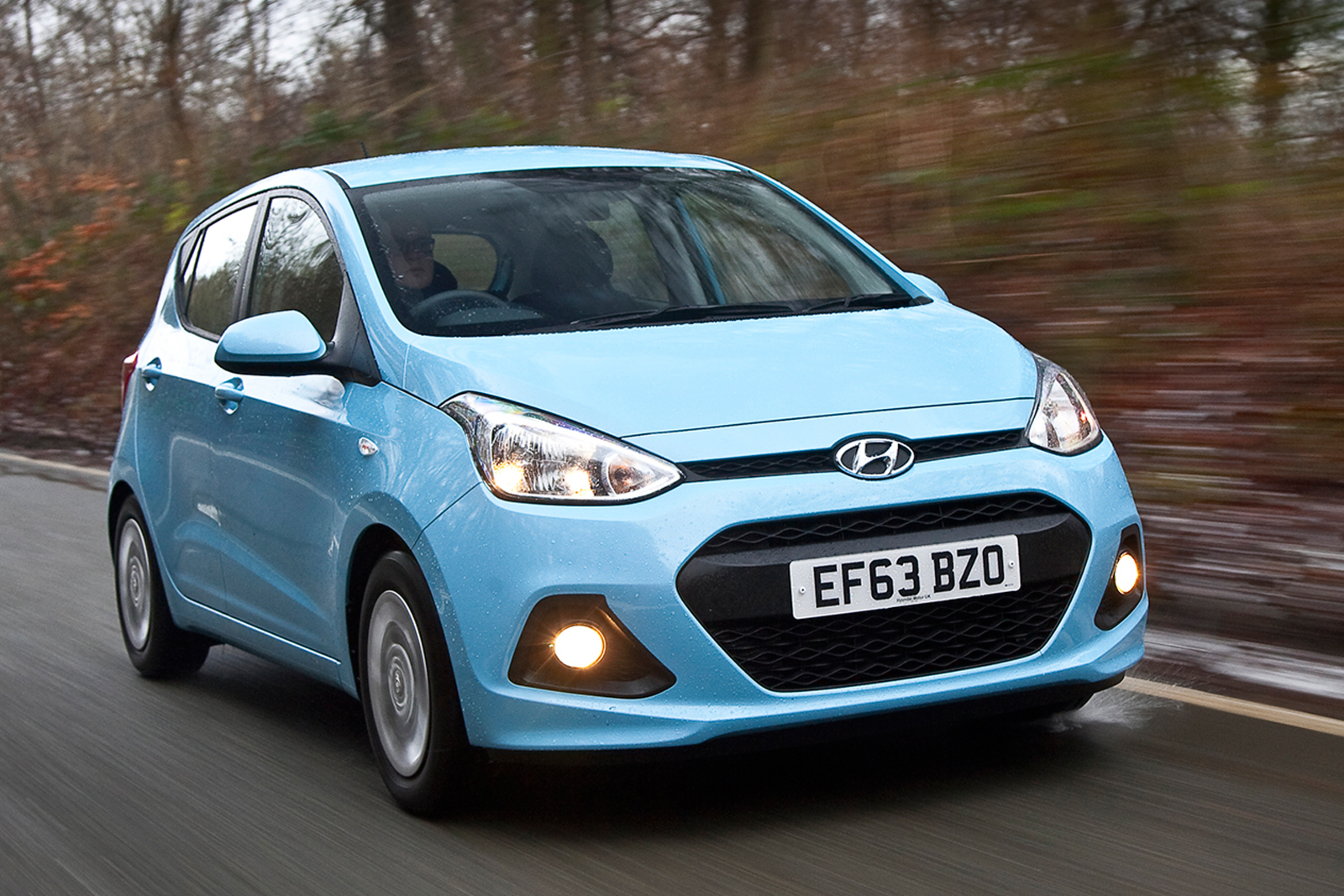 2014 hyundai i10 se 1 0 66ps petrol manual first drive. Black Bedroom Furniture Sets. Home Design Ideas