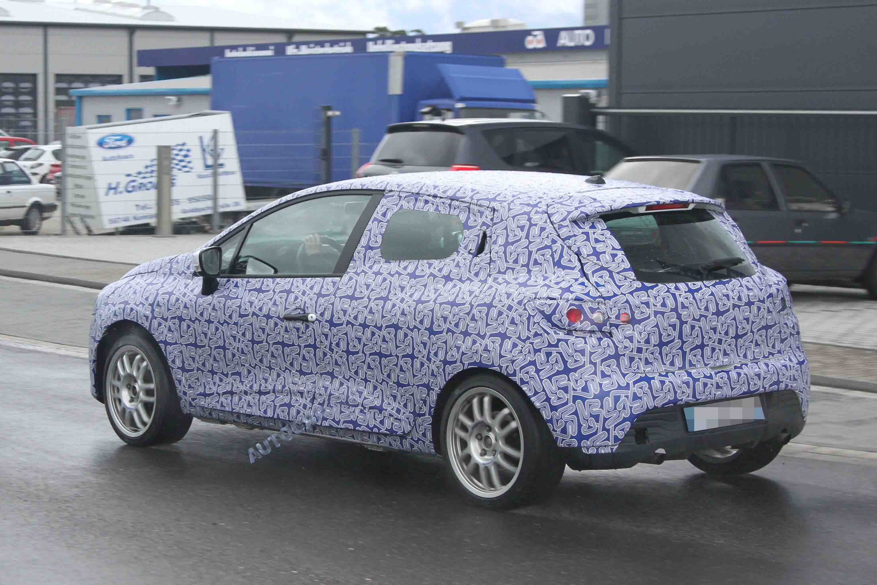 hot renault clio rs spied testing autocar. Black Bedroom Furniture Sets. Home Design Ideas