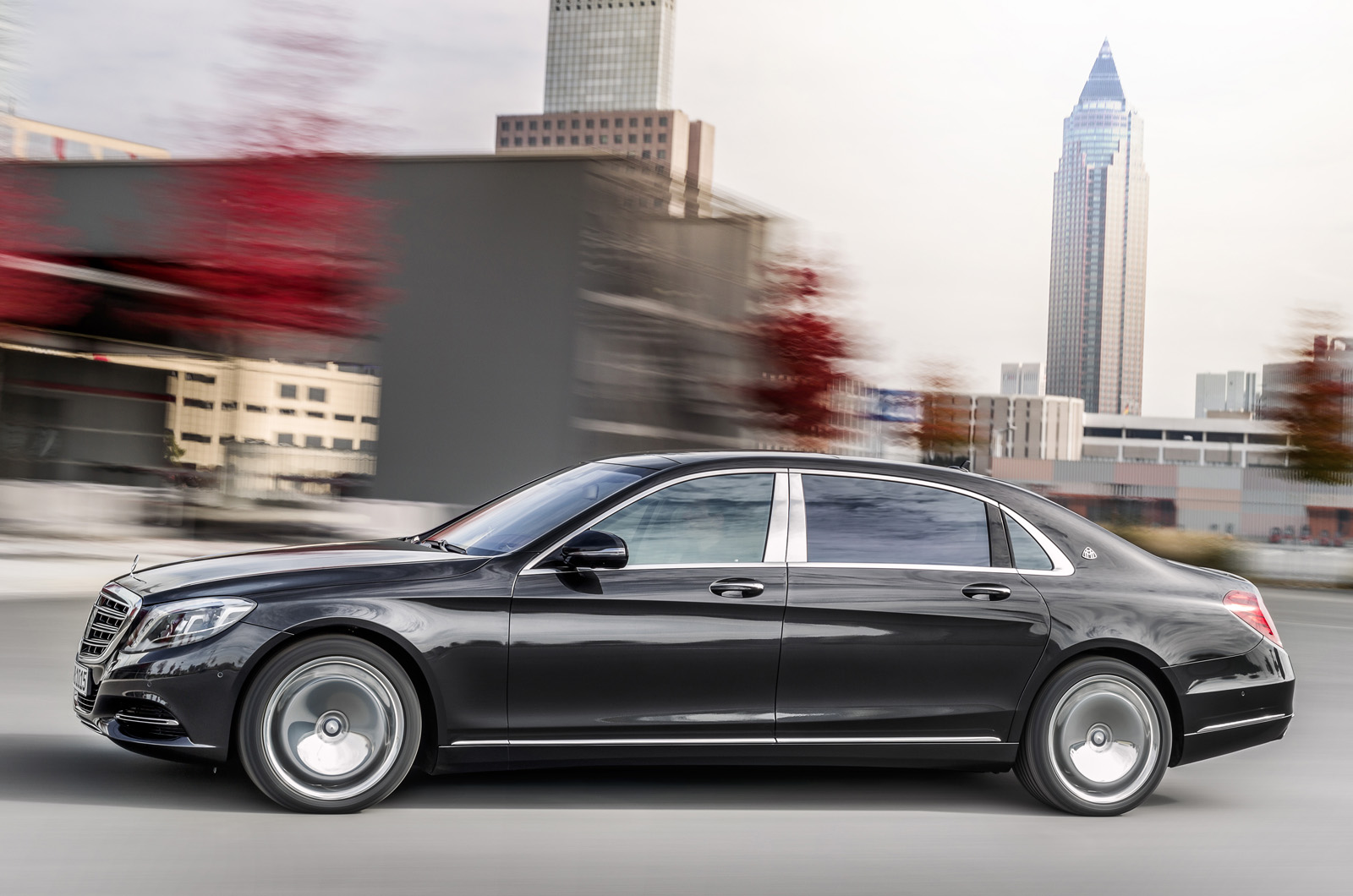 Mercedes plans to expand maybach into a range of cars for Mercedes plan