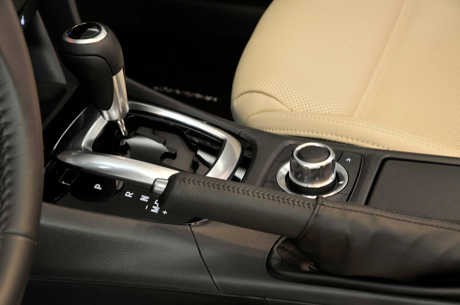 2012 - [Mazda] 6 III - Page 7 Mazda_13