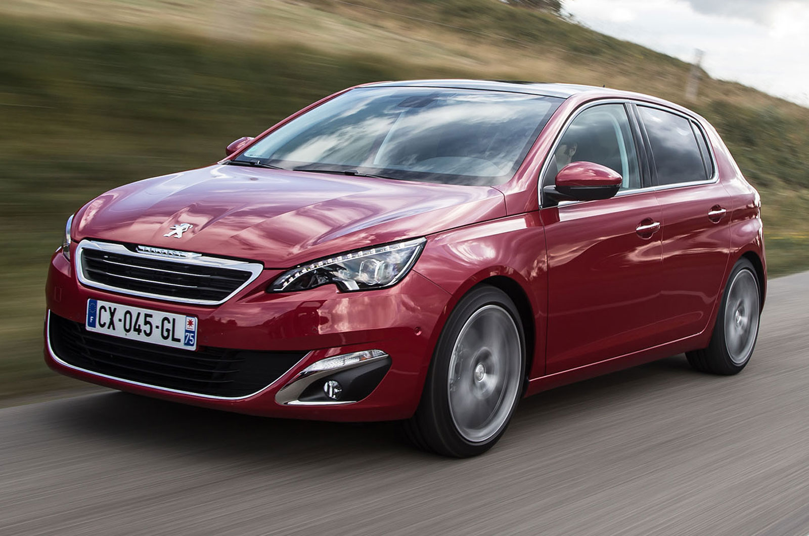 peugeot 308 allure 1 2 e thp puretech 130 auto first drive review autocar. Black Bedroom Furniture Sets. Home Design Ideas