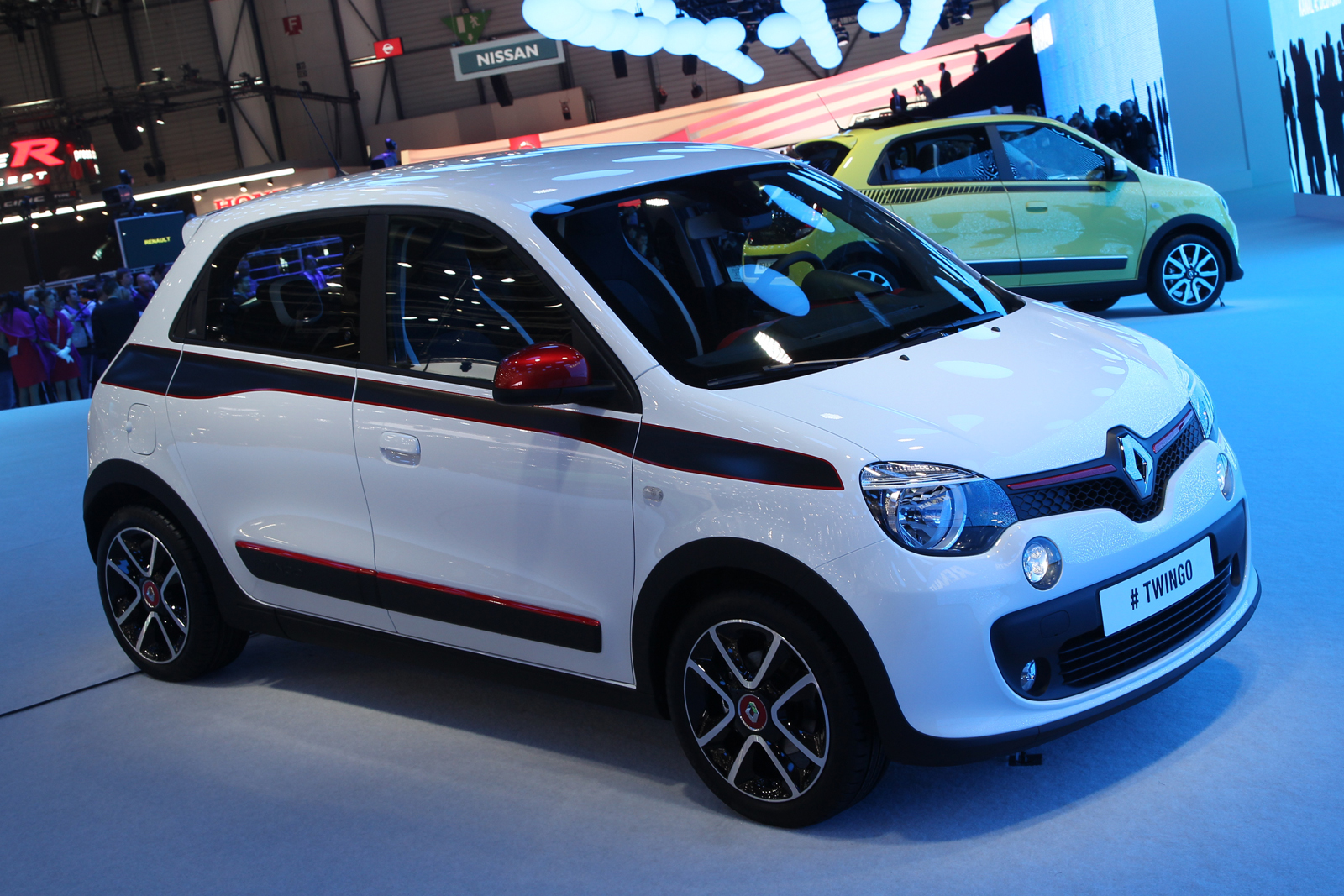 turbo power for new renault twingo autocar. Black Bedroom Furniture Sets. Home Design Ideas