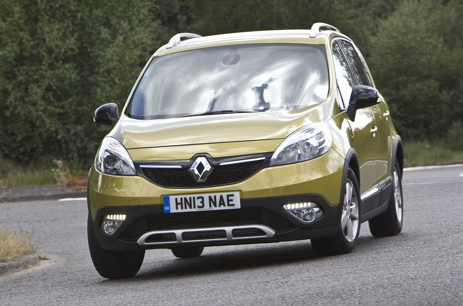 renault scenic xmod first drive. Black Bedroom Furniture Sets. Home Design Ideas