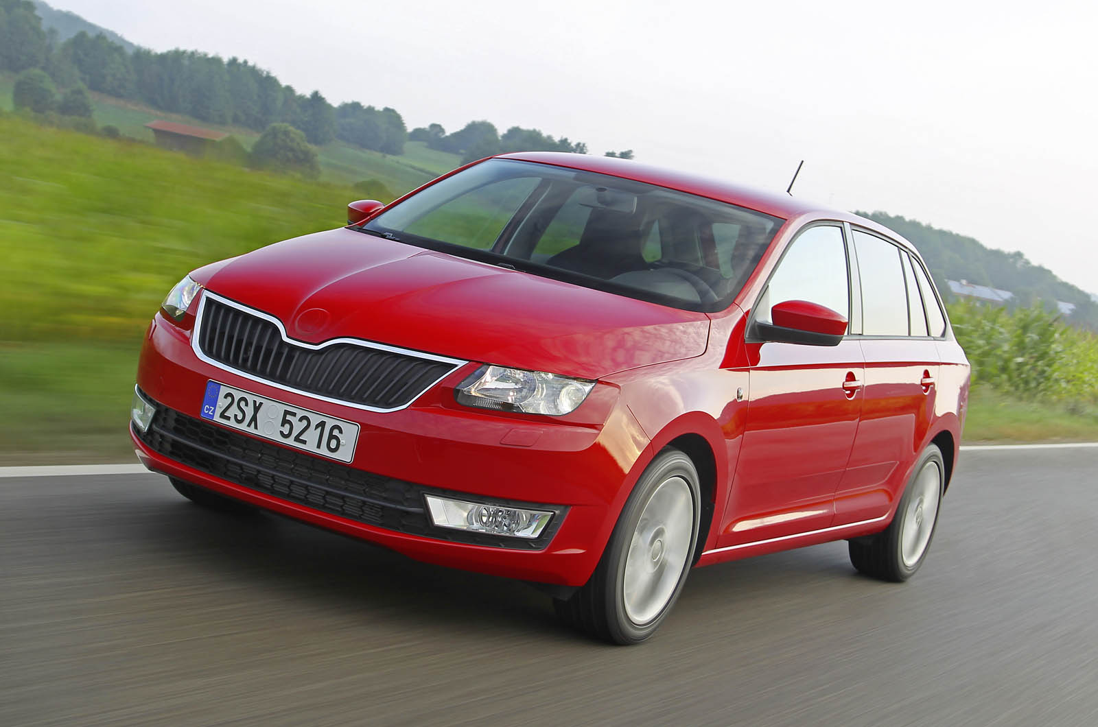skoda rapid spaceback 1 6 tdi first drive. Black Bedroom Furniture Sets. Home Design Ideas