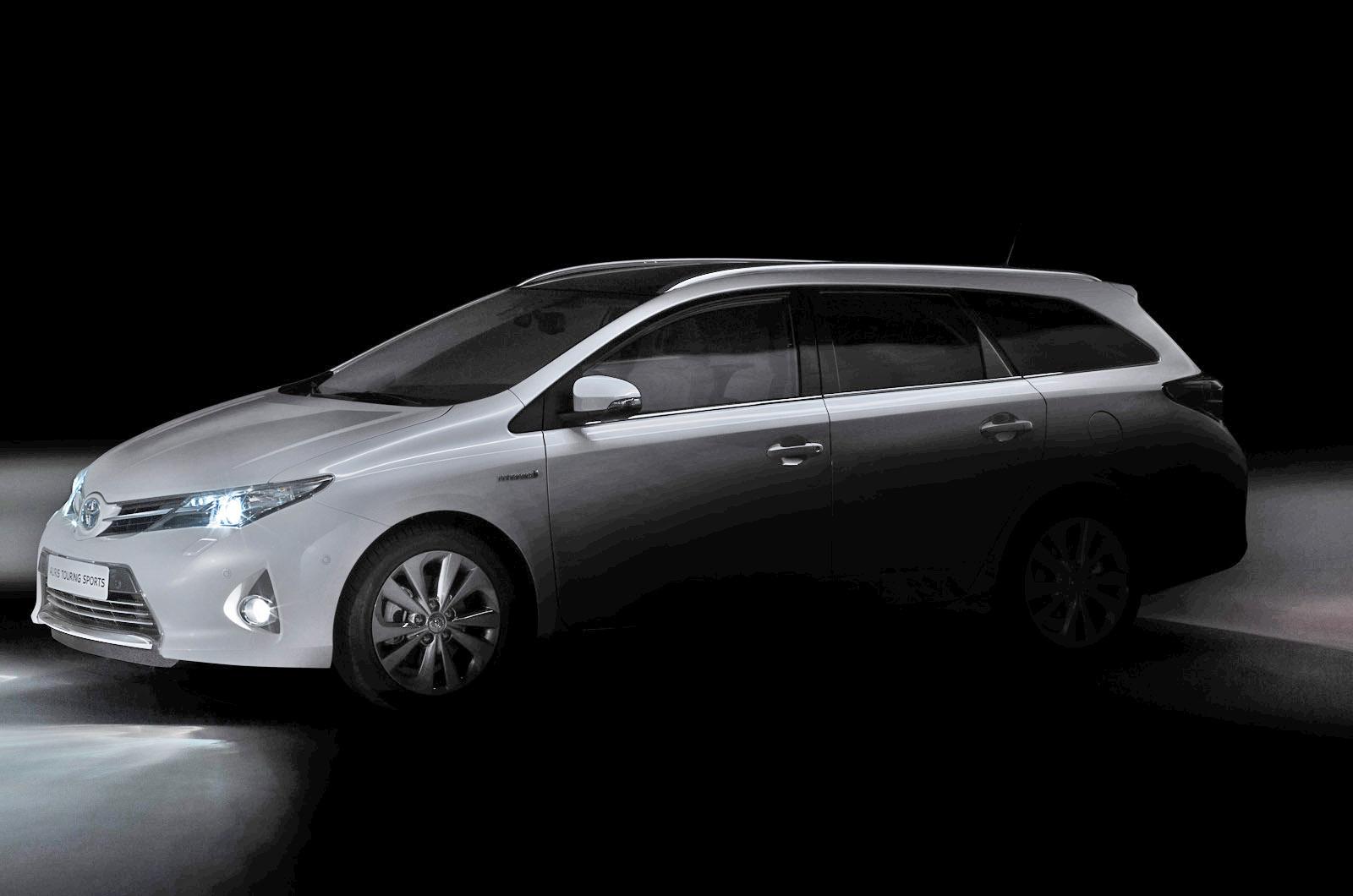 paris motor show 2012 toyota auris touring sports autocar. Black Bedroom Furniture Sets. Home Design Ideas
