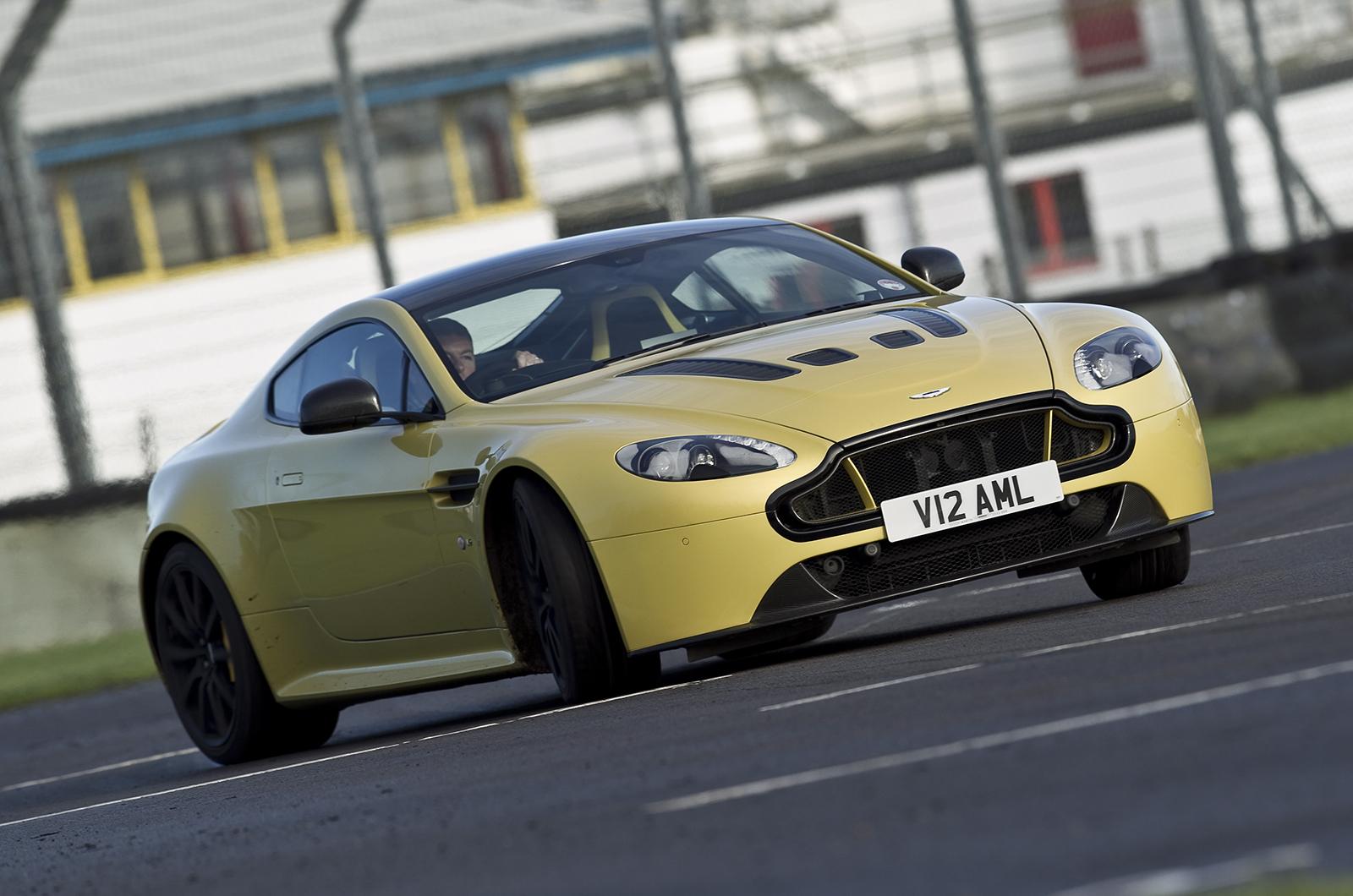 Aston Martin V Vantage S Review Autocar - Aston martin v12 vantage s price
