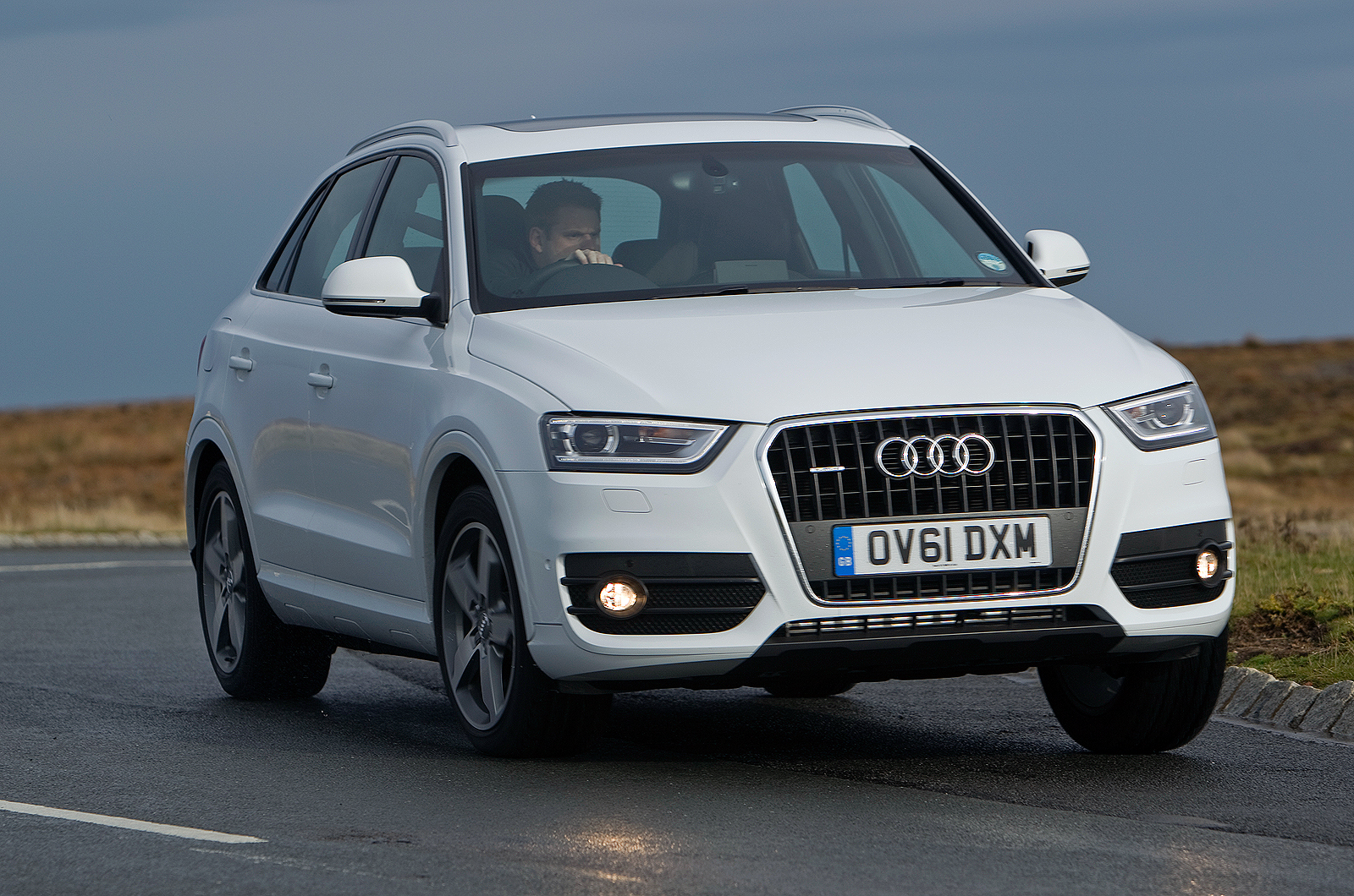 audi q3 review autocar. Black Bedroom Furniture Sets. Home Design Ideas