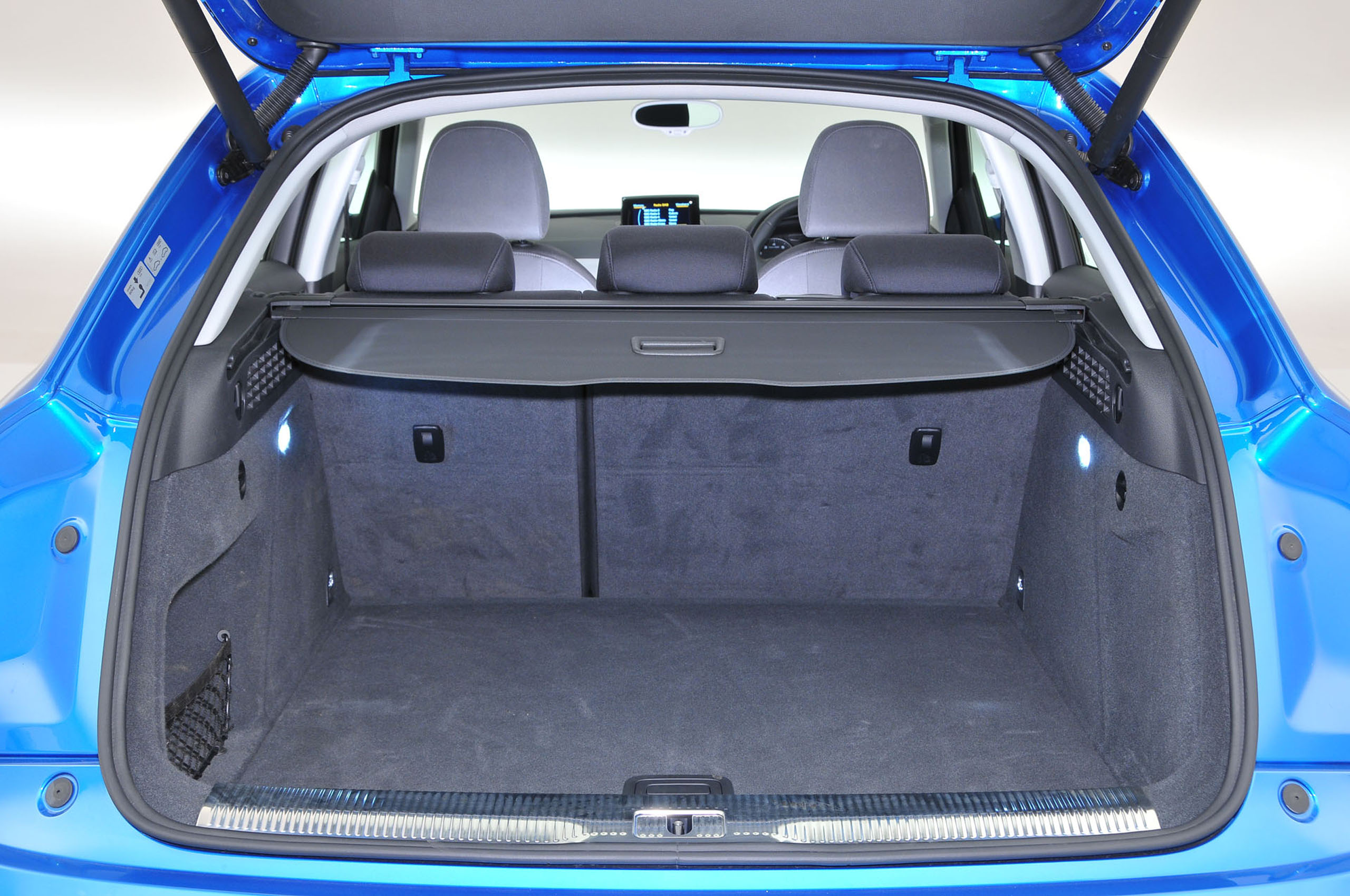 Audi Q3 2011 2018 Interior Autocar