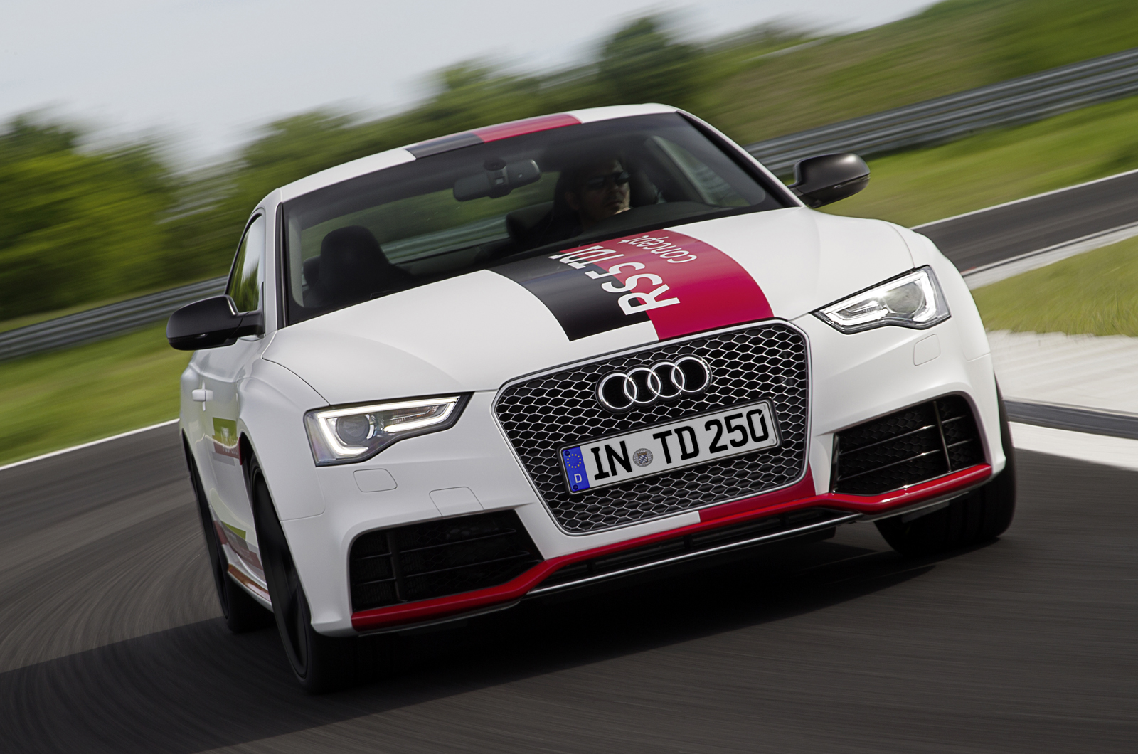 Vwvortex com audi rs5 v6 tdi e prototype first drive review by autocar