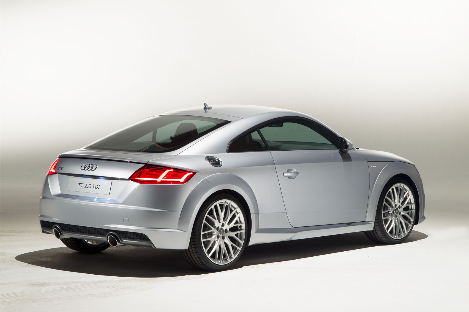 new audi tt exclusive picture gallery autocar. Black Bedroom Furniture Sets. Home Design Ideas