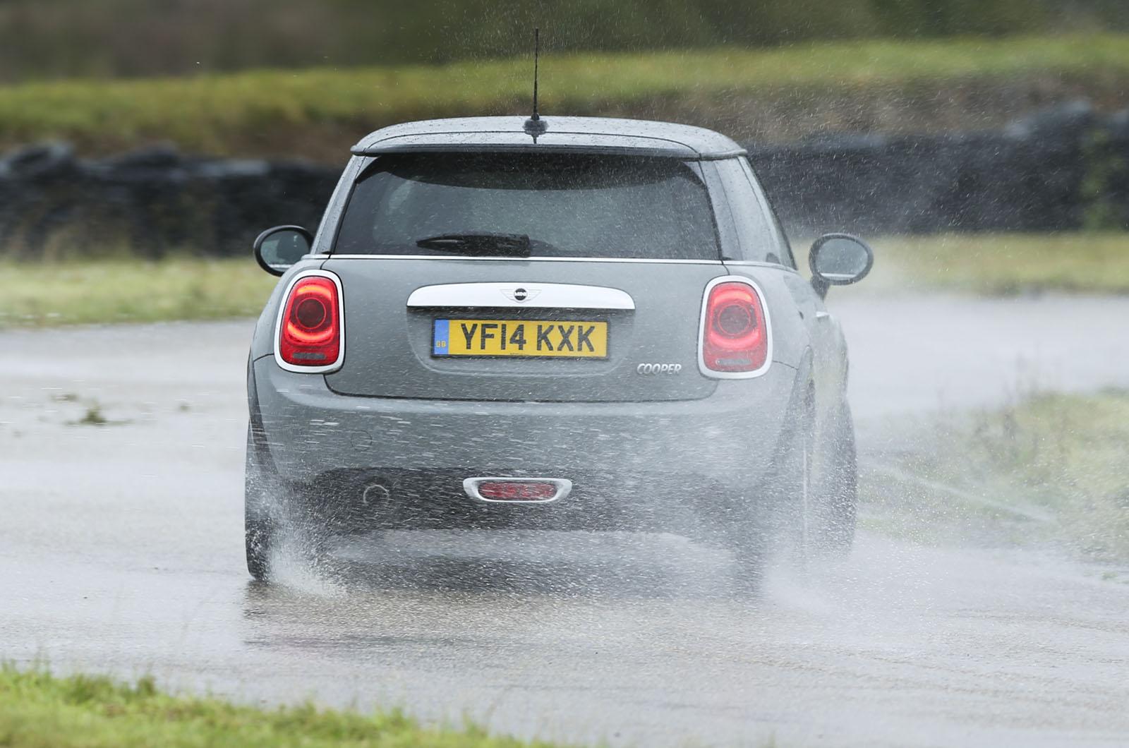 Car wetting