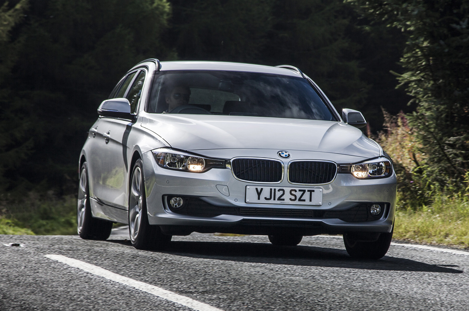 bmw 335d touring xdrive first drive. Black Bedroom Furniture Sets. Home Design Ideas