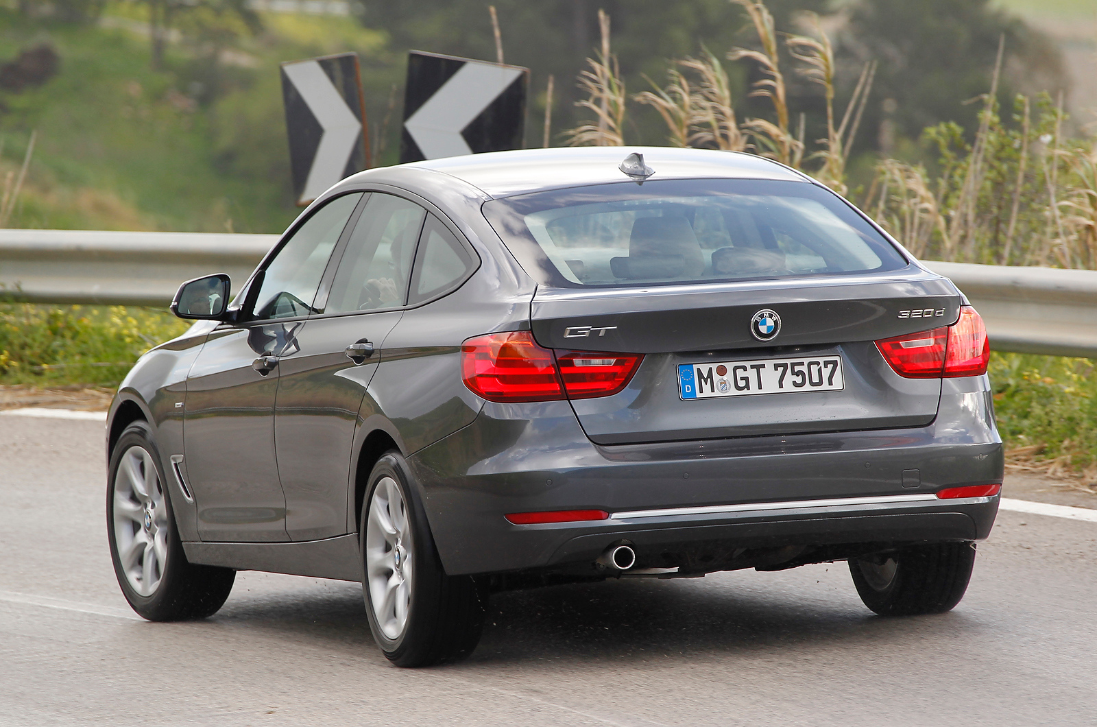 Bmw 320d review malaysia autos post