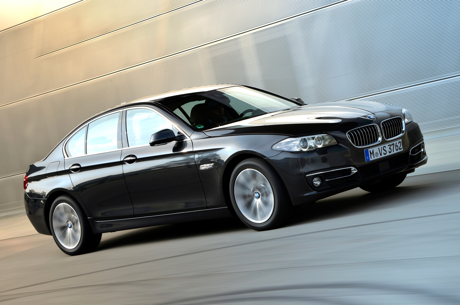 bmw 518d saloon first drive review autocar. Black Bedroom Furniture Sets. Home Design Ideas