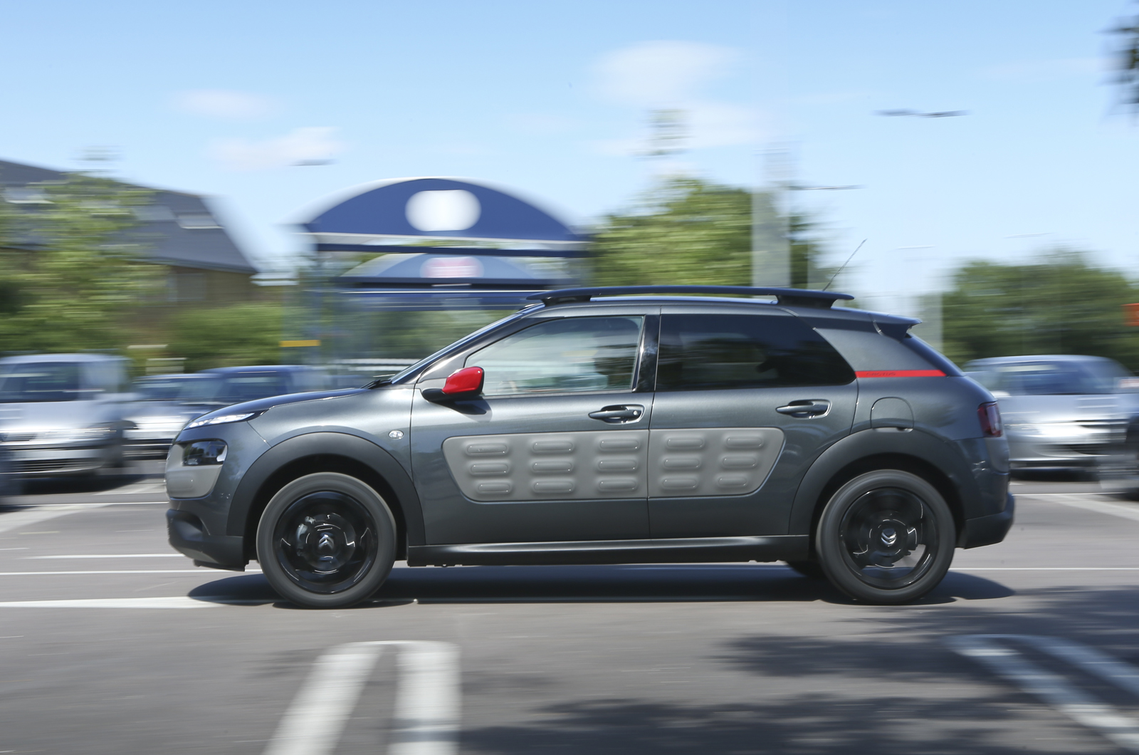 citroen c4 cactus bluehdi 100 flair uk first drive. Black Bedroom Furniture Sets. Home Design Ideas