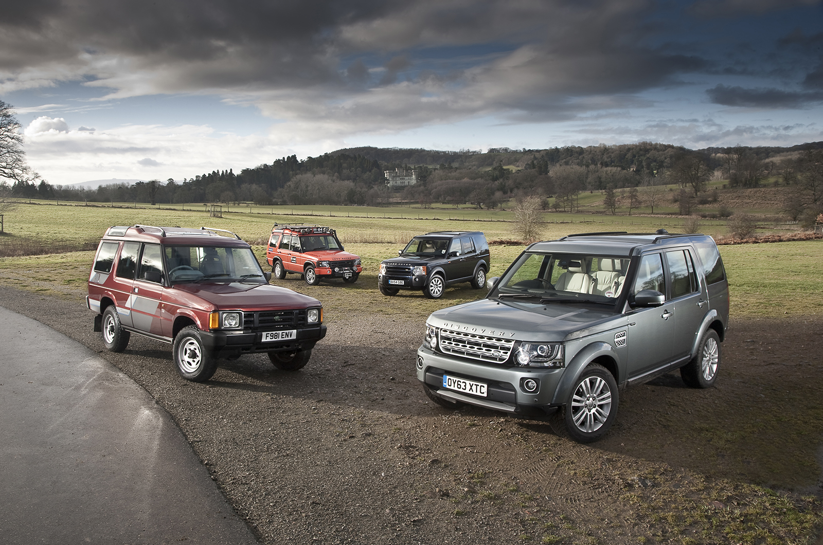 2013 - [Land Rover] Discovery IV (2ème restylage) - Page 2 Disco-25yrs-21