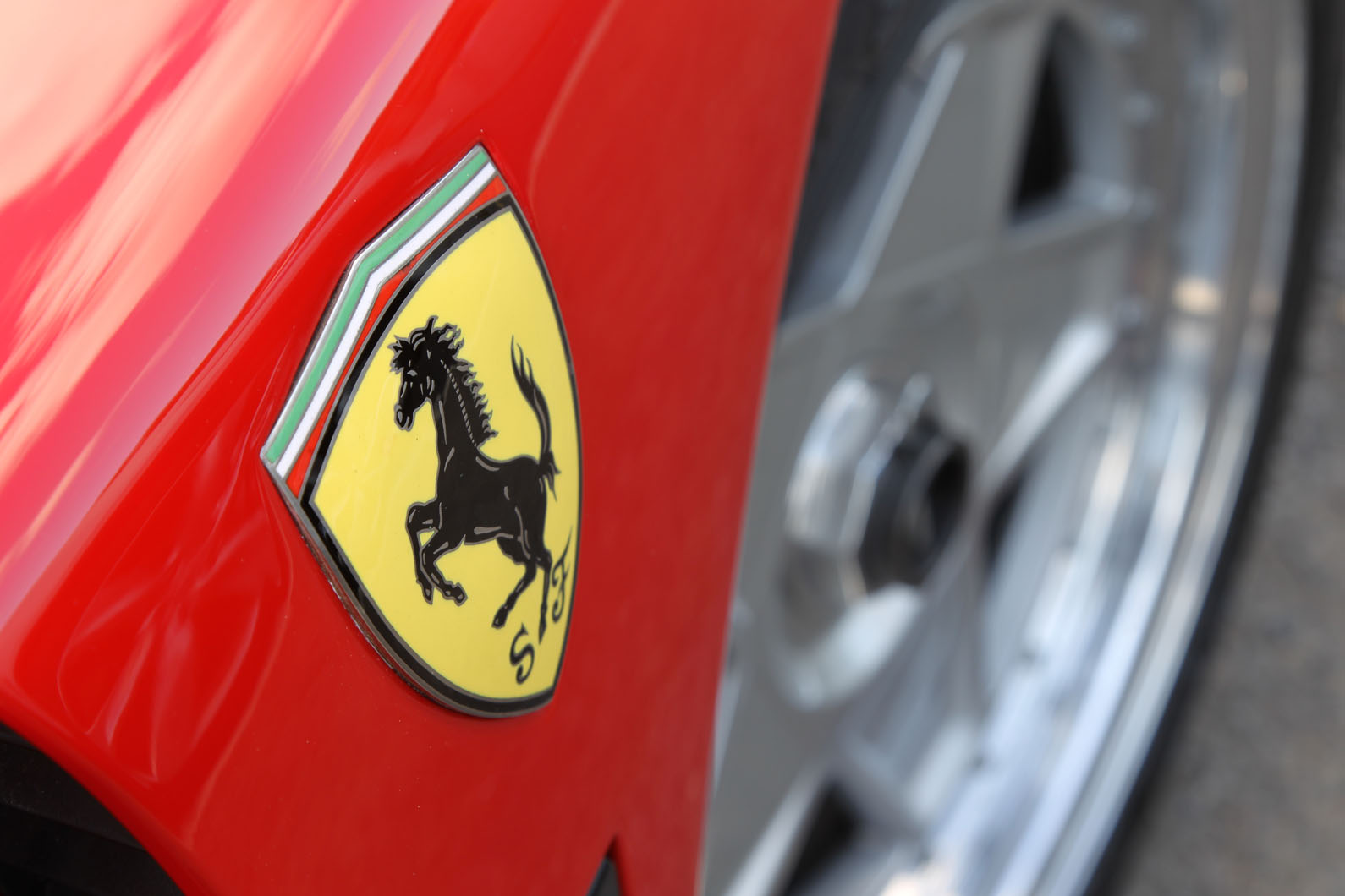 The 17 Inch Alloy Wheels Were Perfectly Sized When The F40