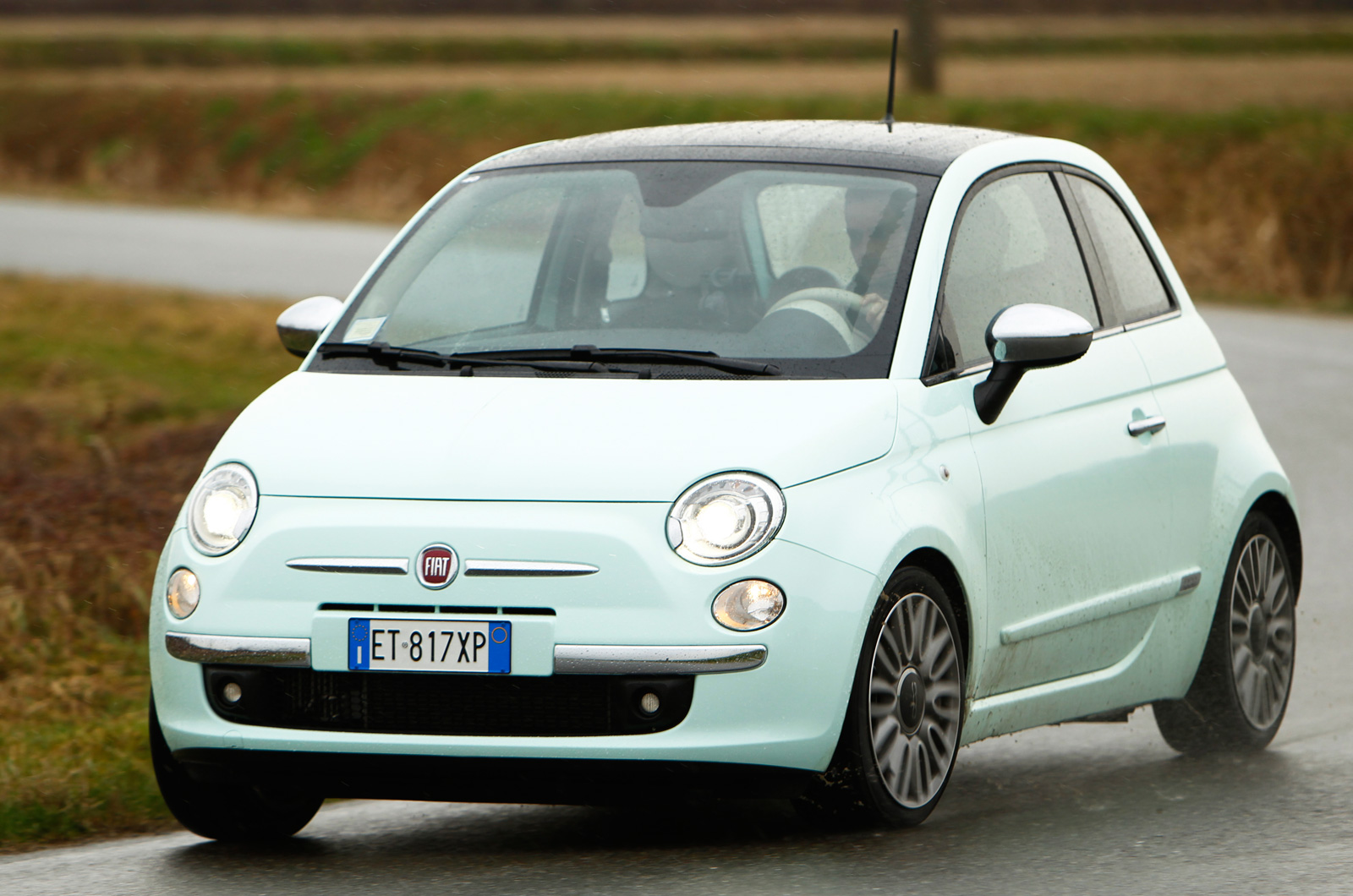 fiat 500 cult twinair 105 first drive. Black Bedroom Furniture Sets. Home Design Ideas