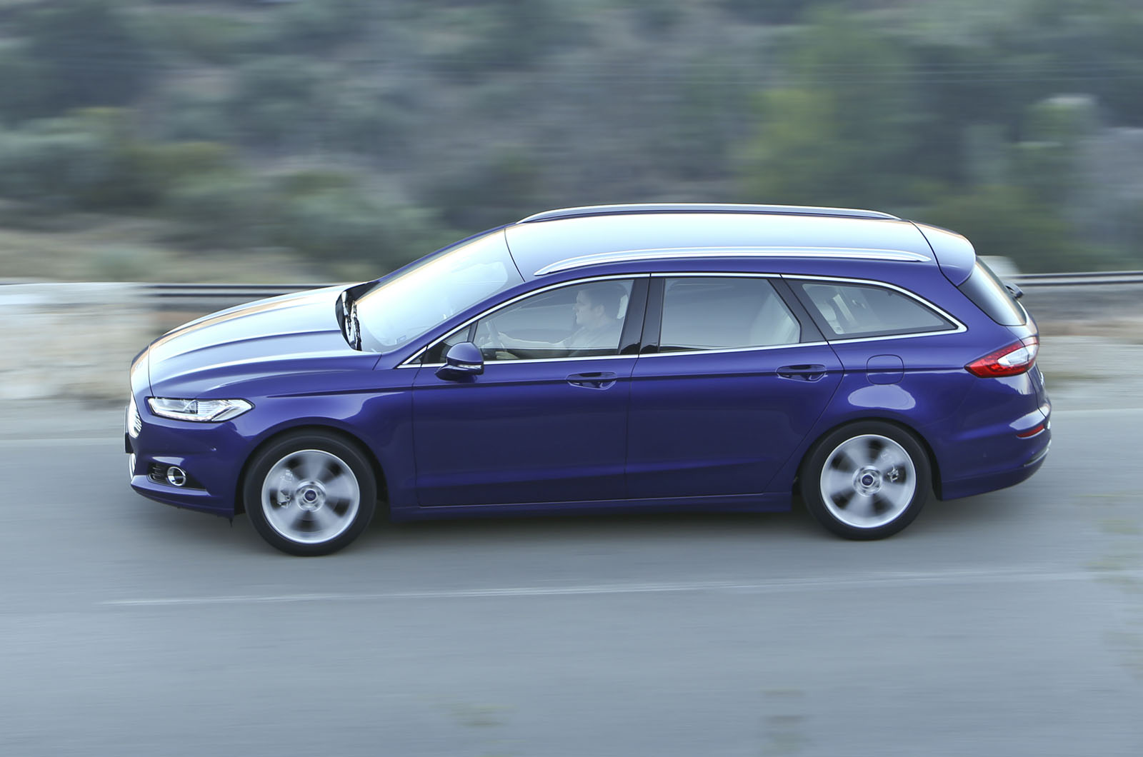 2014 ford mondeo estate 1 5t ecoboost first drive review autocar. Black Bedroom Furniture Sets. Home Design Ideas