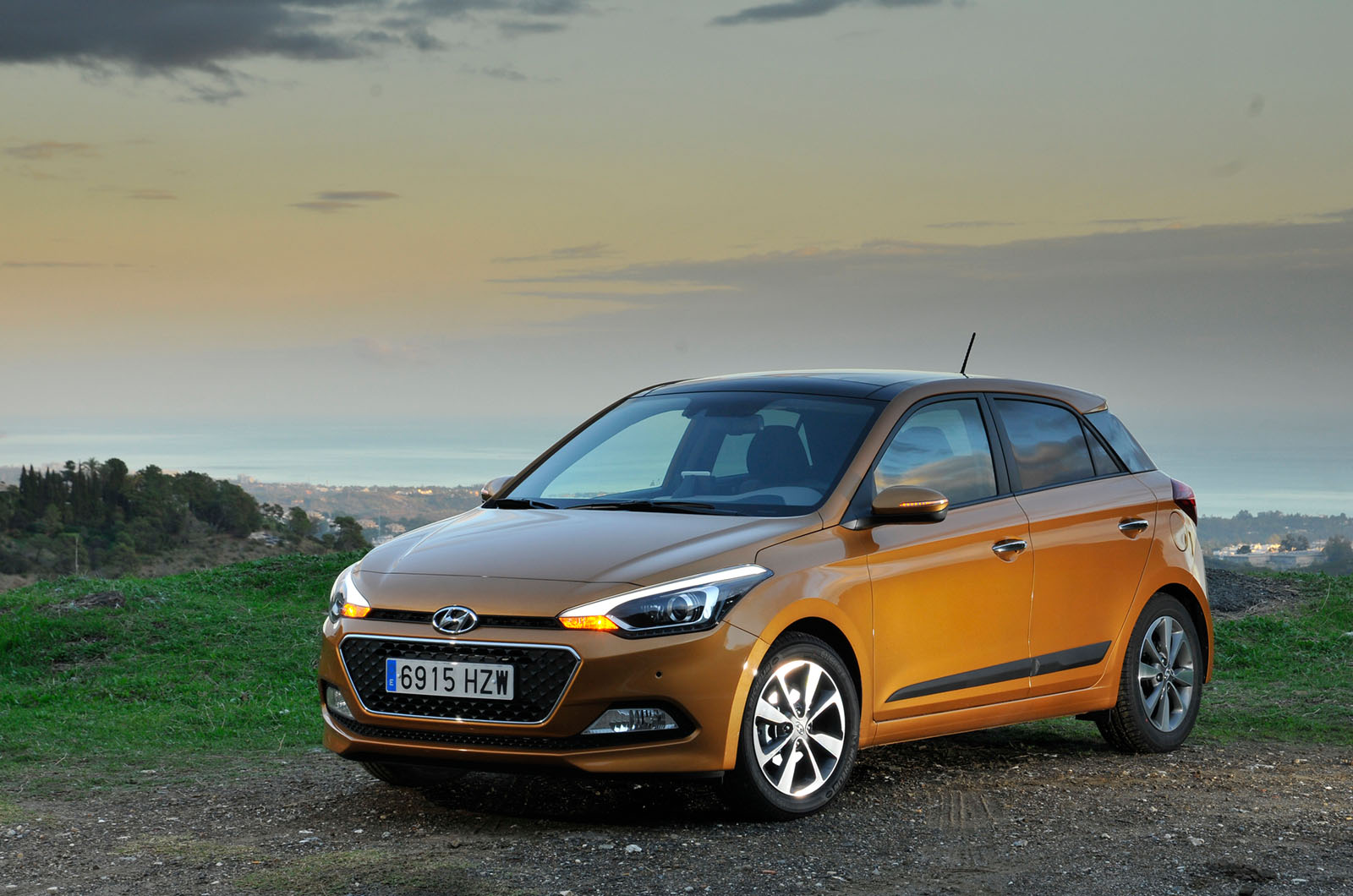 2015 hyundai i20 review autocar. Black Bedroom Furniture Sets. Home Design Ideas
