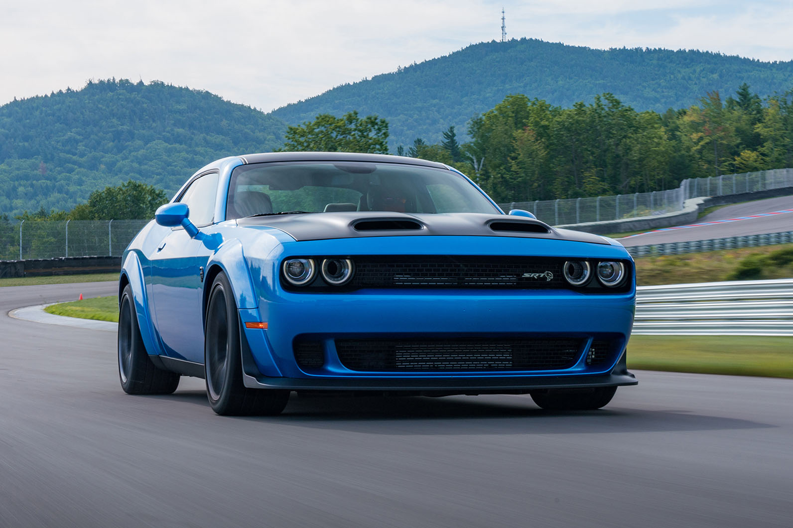 Dodge Challenger Srt Hellcat Redeye Widebody 2018 Review Autocar
