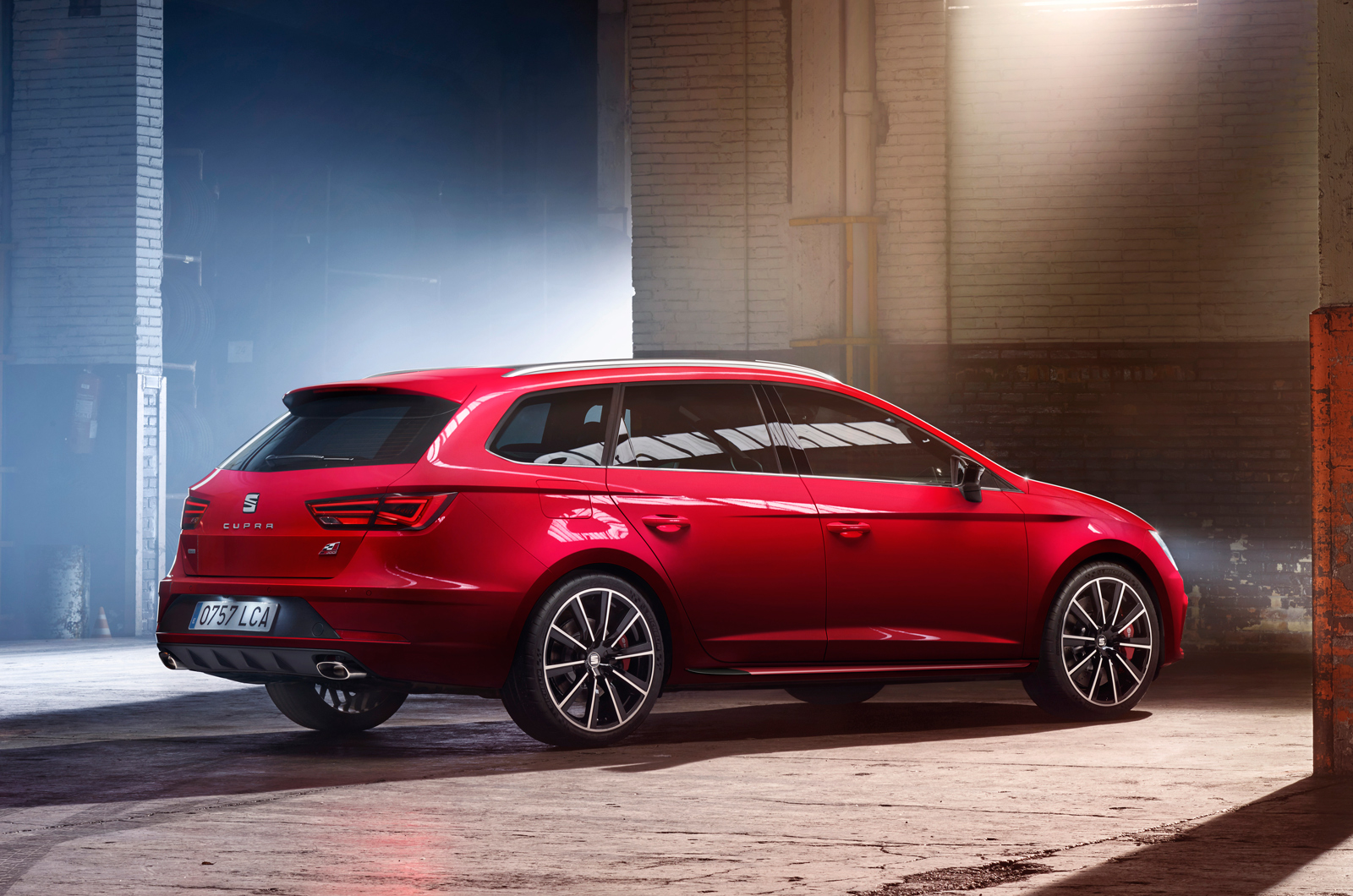 2017 seat leon cupra 300 296bhp and new all wheel drive estate autocar. Black Bedroom Furniture Sets. Home Design Ideas