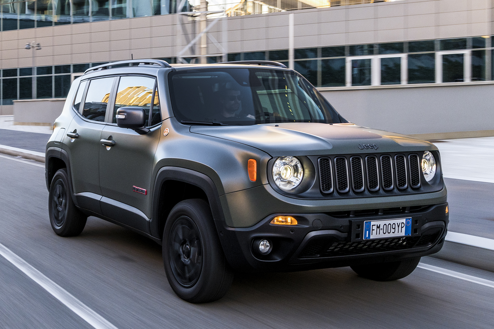 Facelifted Jeep Renegade Starts At 19 200 Autocar
