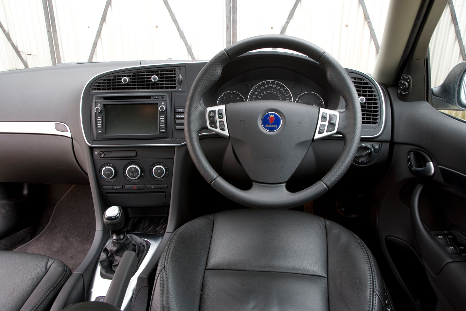 Fits Subaru Saab Nissan Infiniti /& Izusu New Replacement Engine Air Filter