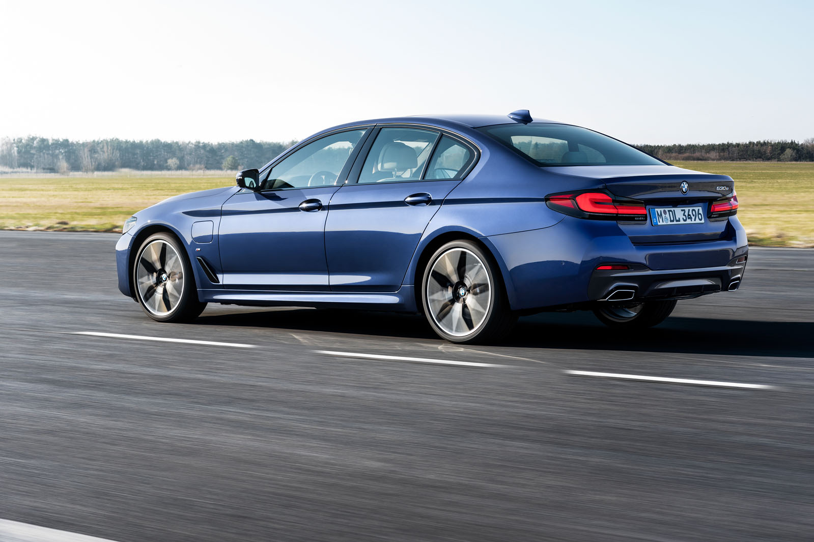 Bmw 5 Series Update Brings 523bhp M550i Flagship To Uk Autocar