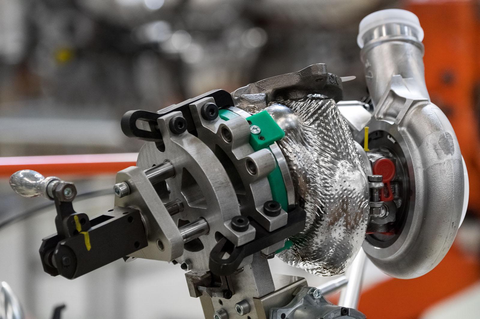 Aston Martin Db11 First All New V12 Engine Built Autocar