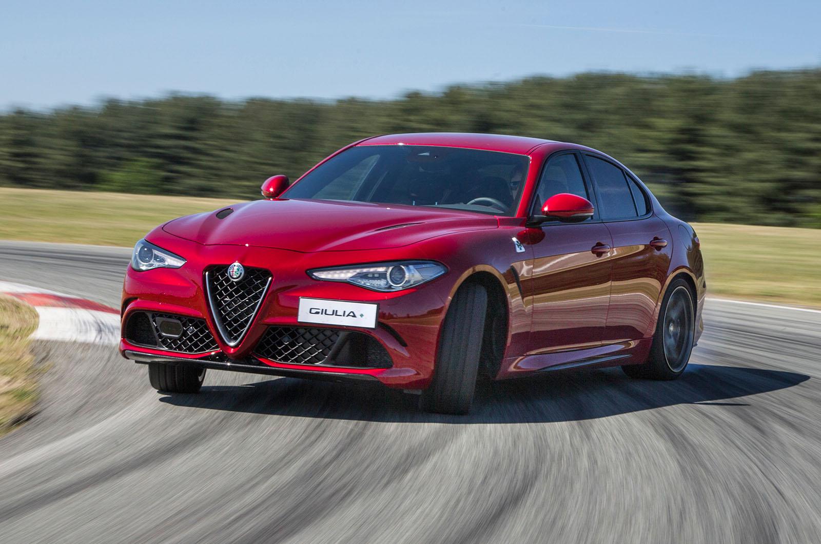 2016 Alfa Romeo Giulia Quadrifoglio First Drive Review Autocar Rear End