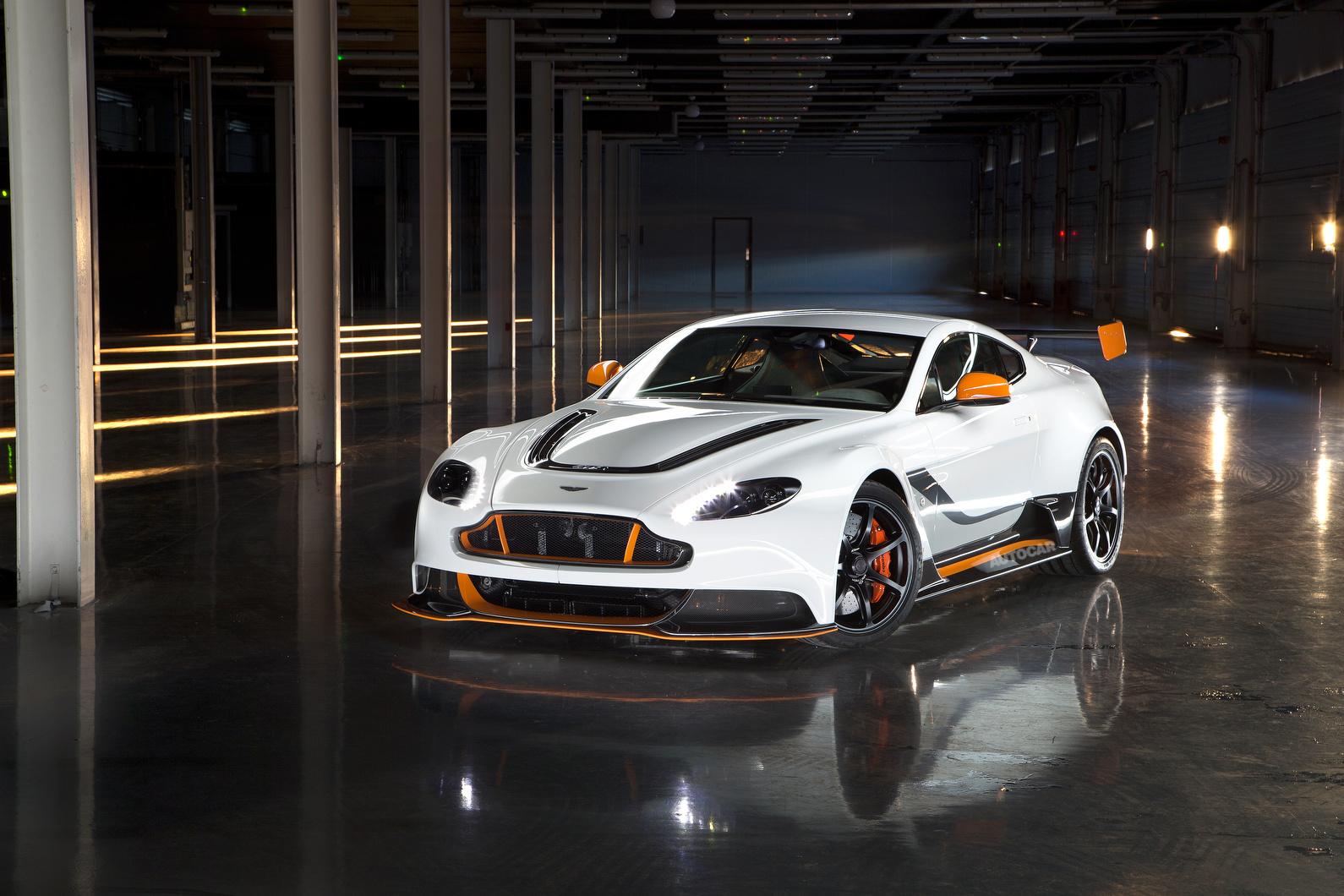 2015 Aston Martin Vantage Gt3 Revealed