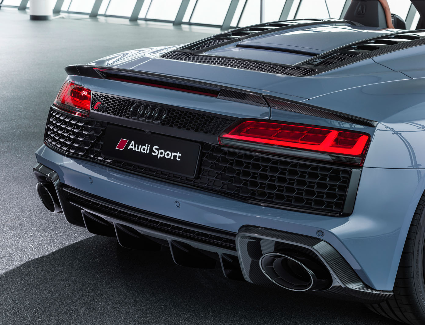 2019 Audi R8 revealed with tweaked design and more power ...