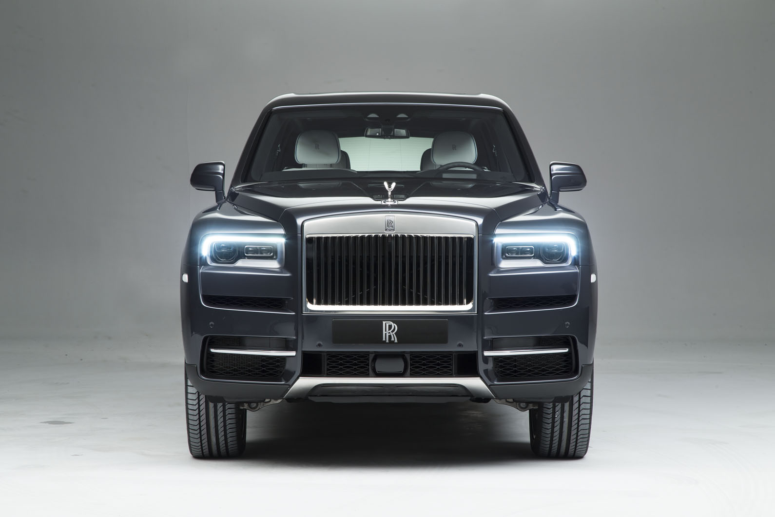 2019 Rolls Royce Cullinan: Design, Powertrain, Release >> Rolls Royce Cullinan Revealed Exclusive Pictures Of Luxury