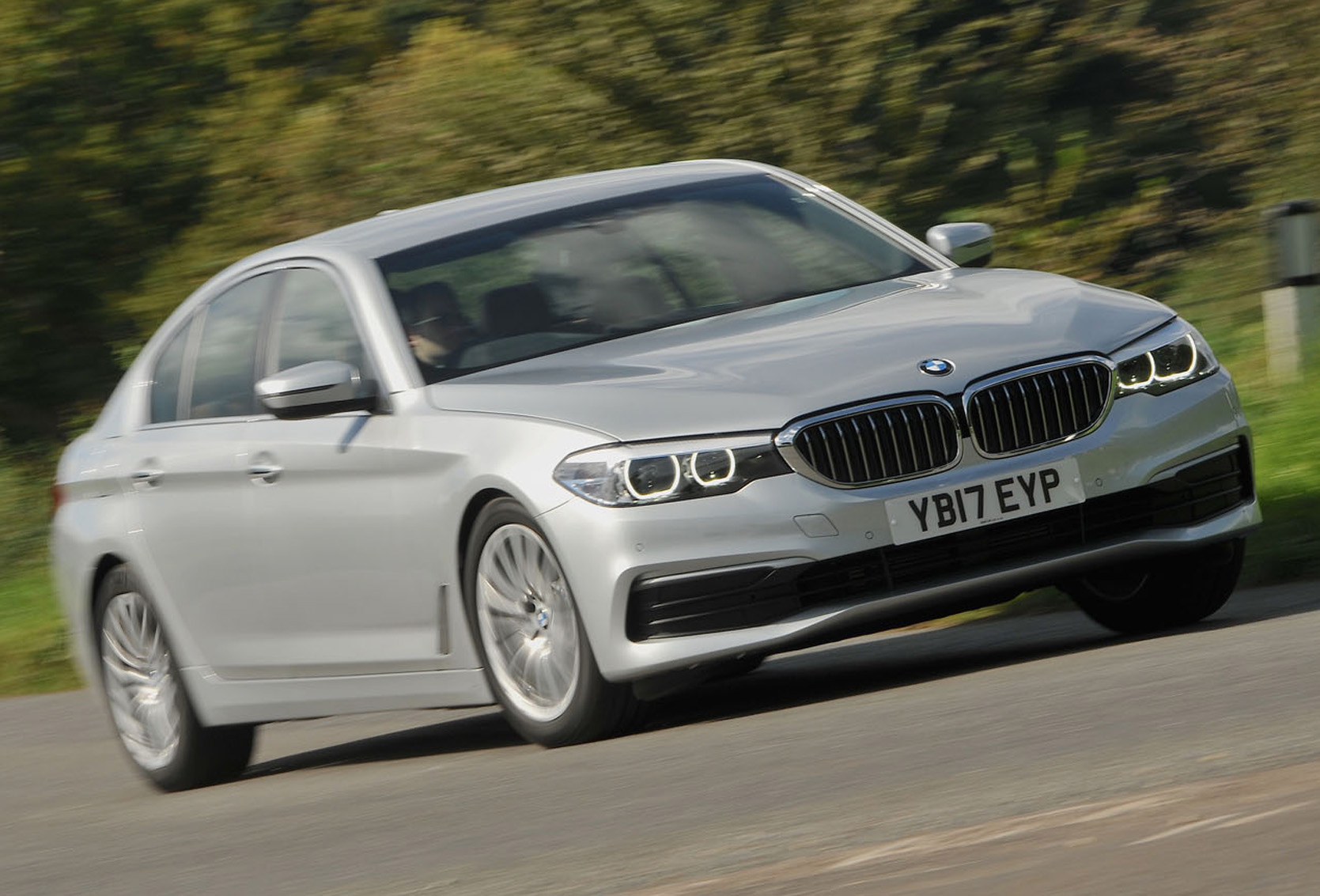BMW 5 Series: Calling up settings