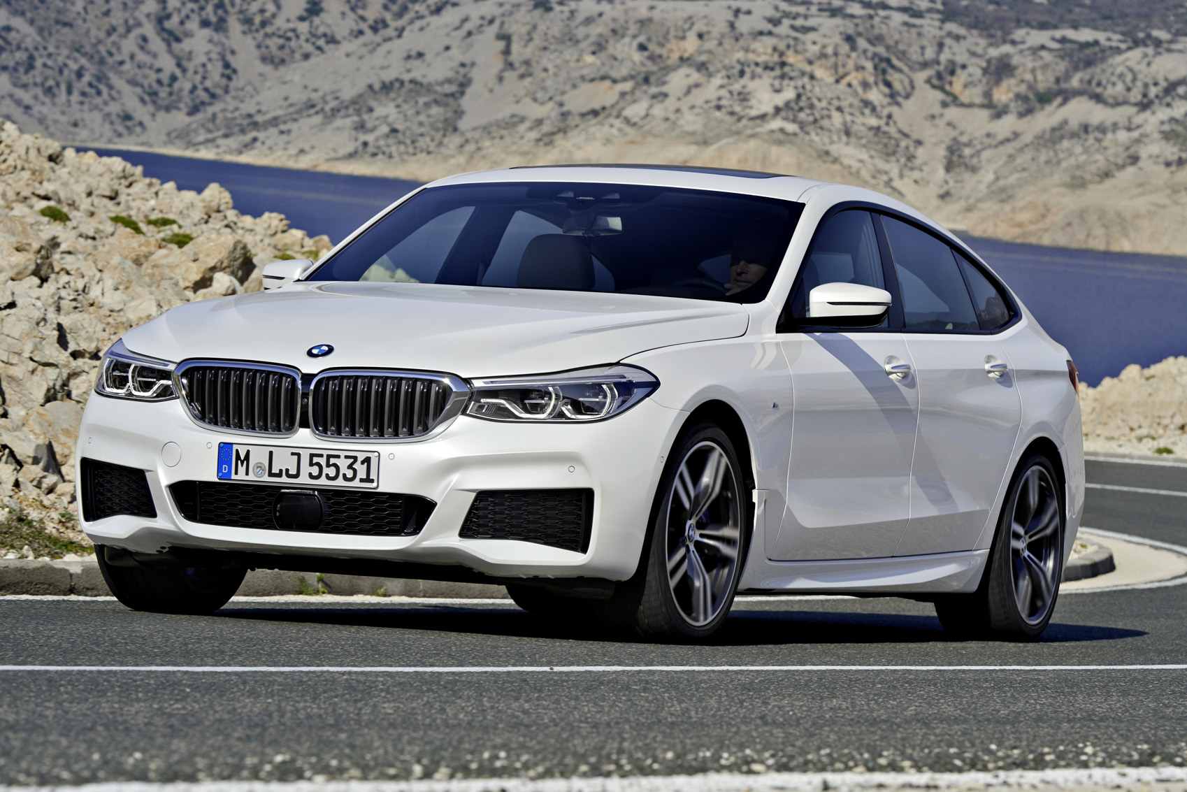 Bmw 6 Series Gt 2017 Review Autocar Consumer Electronics Vehicle Gps Car Video