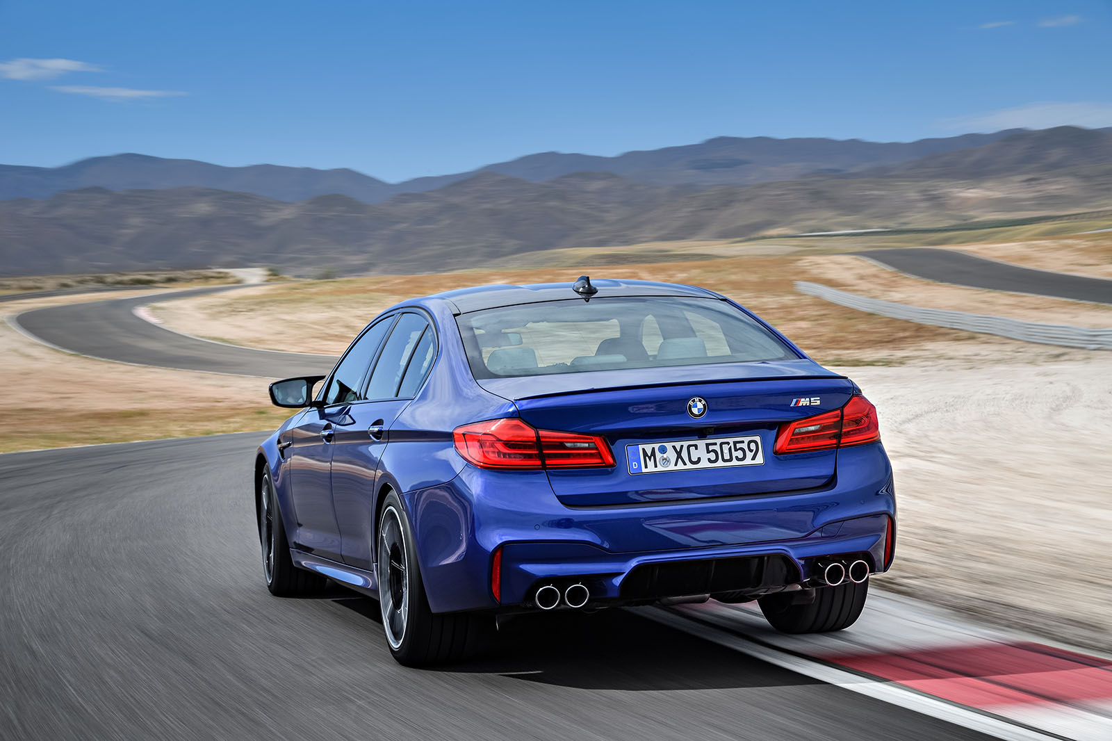new bmw m5 revealed with 592bhp and four wheel drive autocar. Black Bedroom Furniture Sets. Home Design Ideas