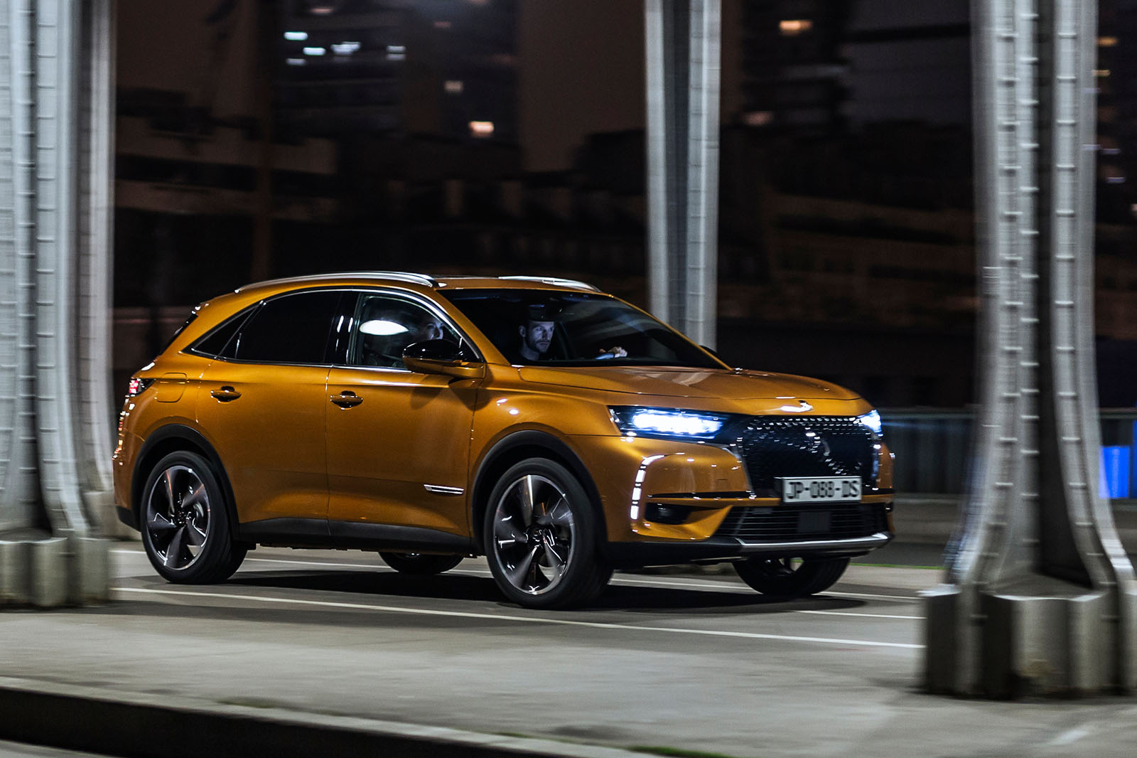 2017 ds 7 crossback audi q5 rival lands at geneva autocar. Black Bedroom Furniture Sets. Home Design Ideas